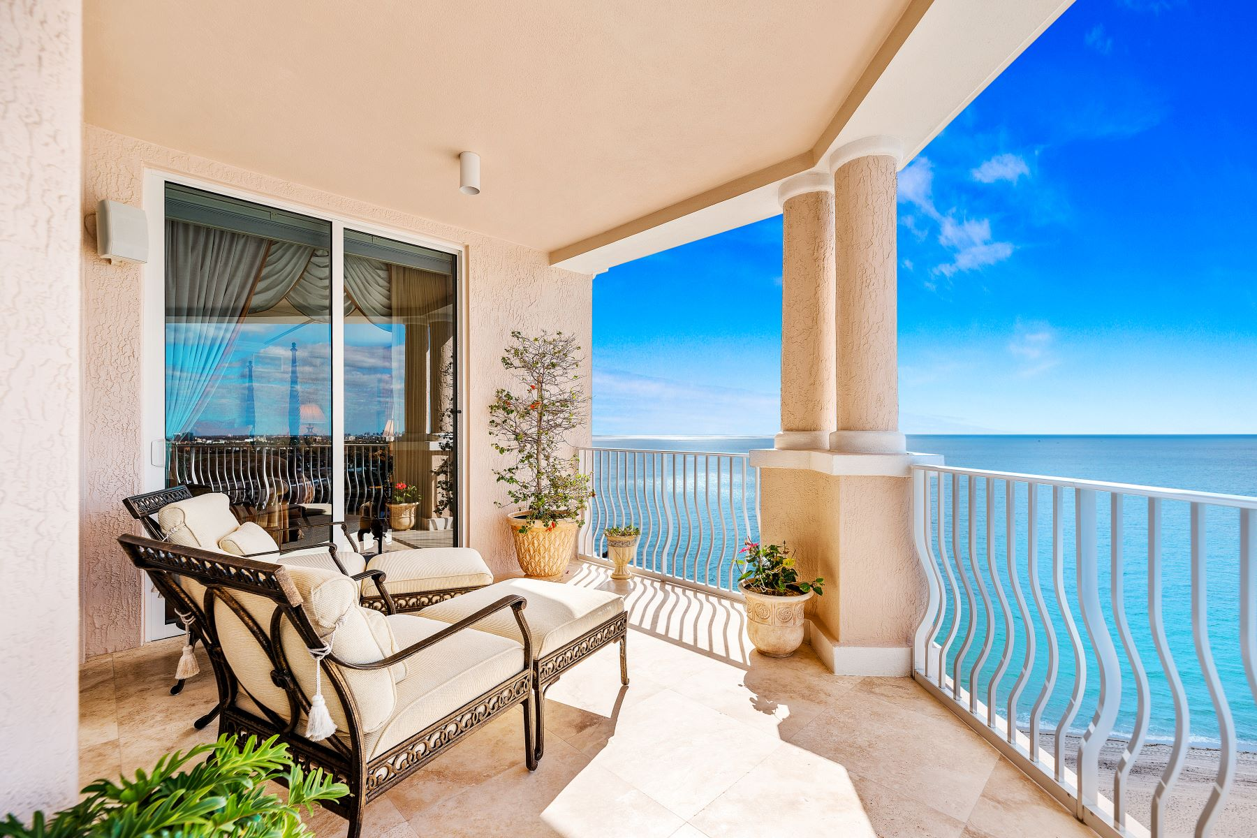 Condominiums for Sale at 1460 S Ocean Blvd 1503 Lauderdale By The Sea, Florida 33062 United States