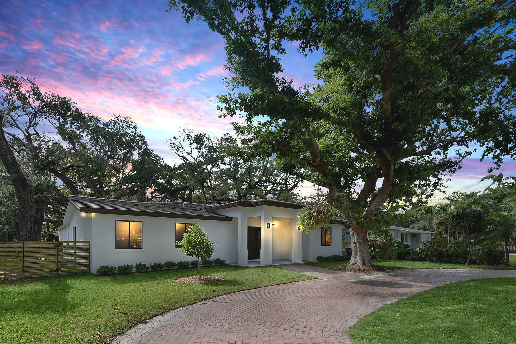 Single Family Home for Sale at 7500 Sw 63 Court 7500 Sw 63 Court South Miami, Florida 33143 United States