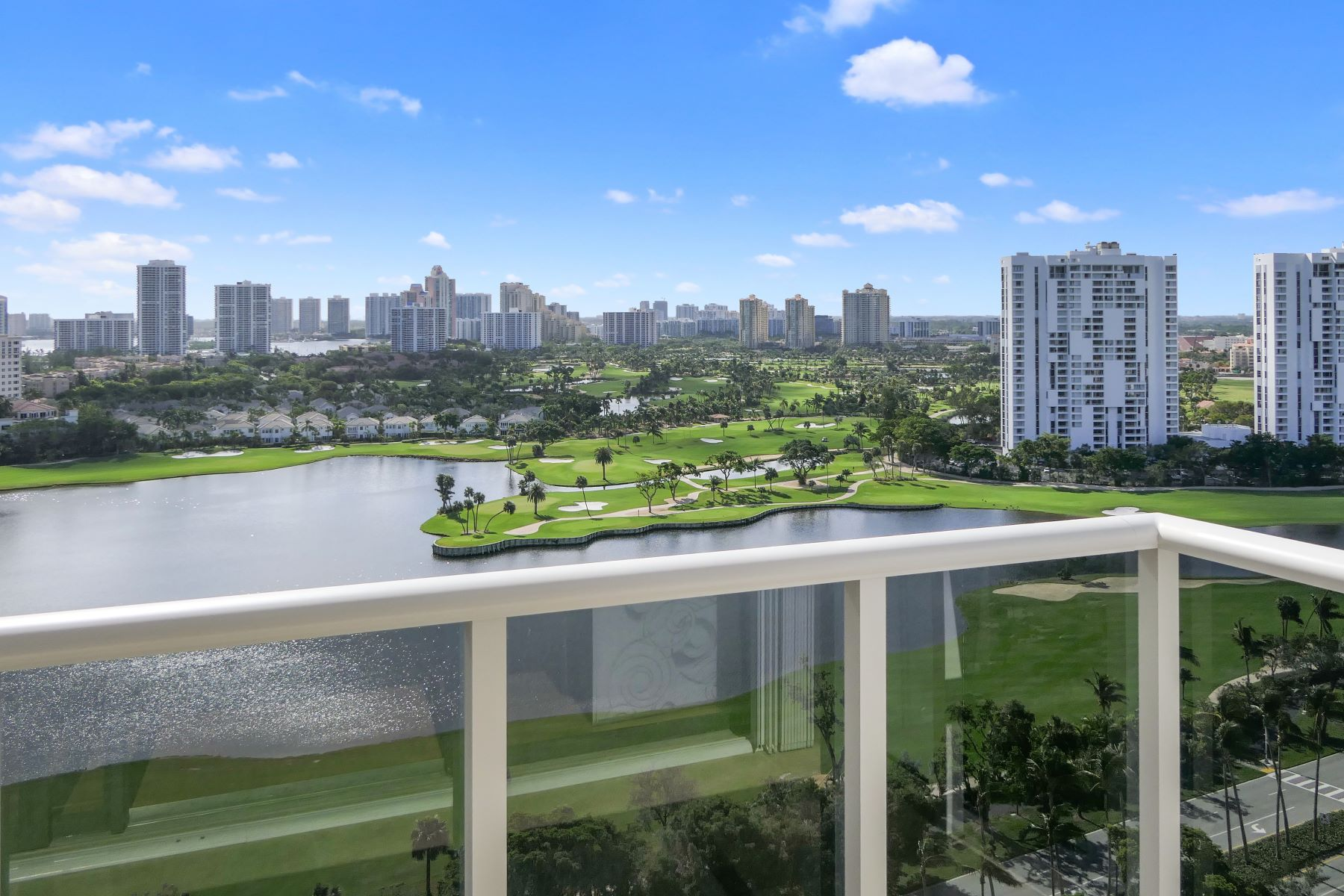 Condominium for Sale at 3675 Se Country Club Dr 3675 Se Country Club Dr 2109, Aventura, Florida, 33180 United States