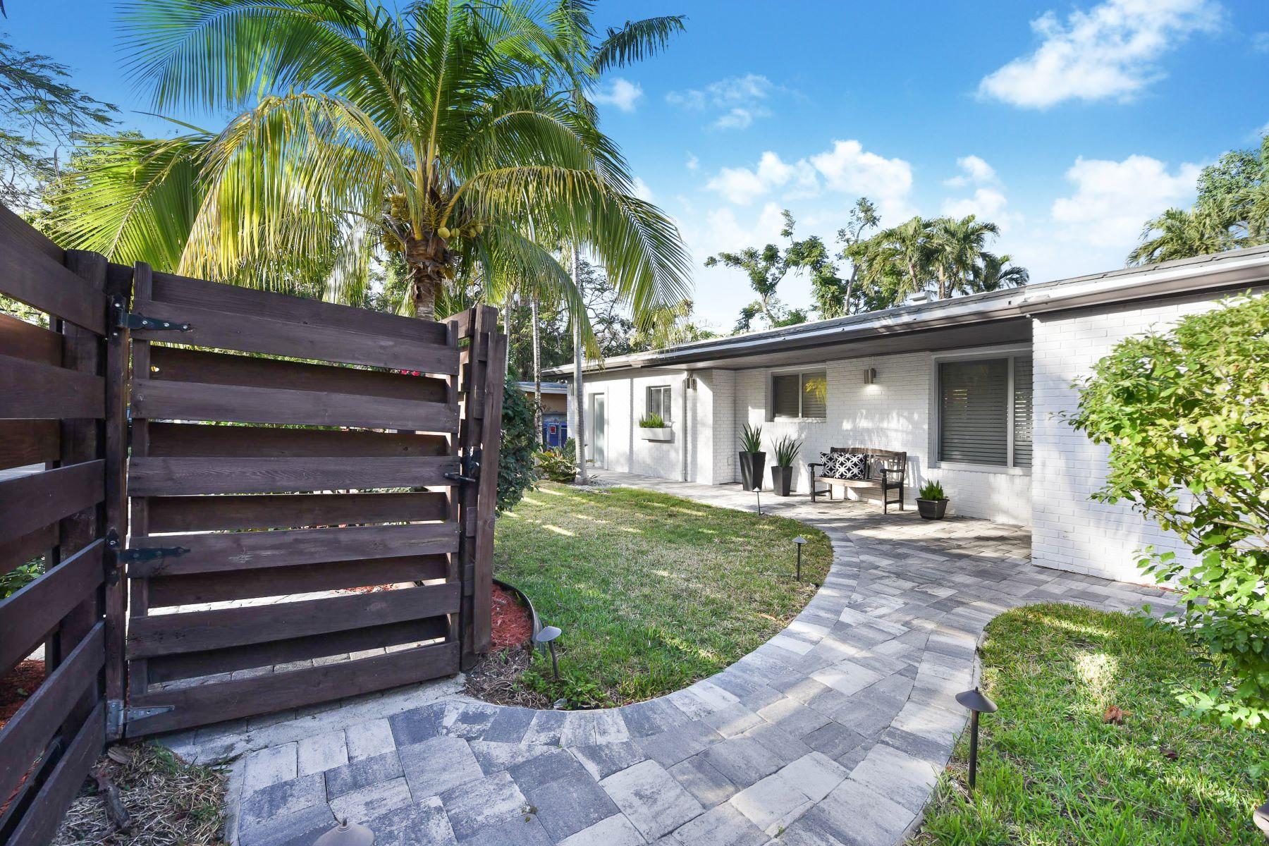 단독 가정 주택 용 매매 에 3685 N Bay Homes Dr Miami, 플로리다, 33133 미국