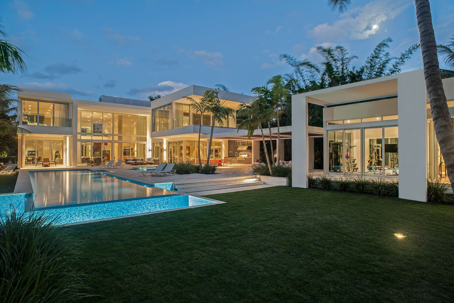 single family homes for Active at 30 Palm Av Miami Beach, Florida 33139 United States