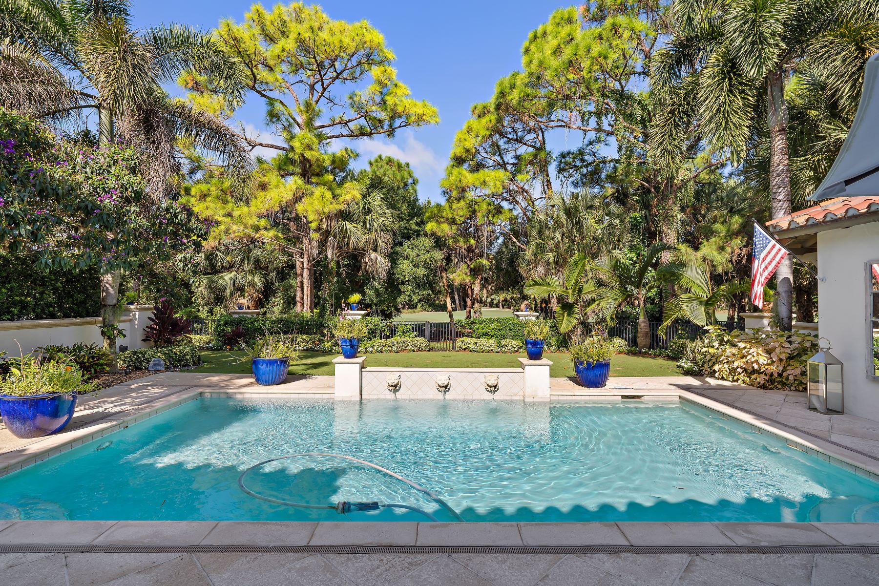 Single Family Homes for Active at 508 Bald Eagle Drive Jupiter, Florida 33477 United States