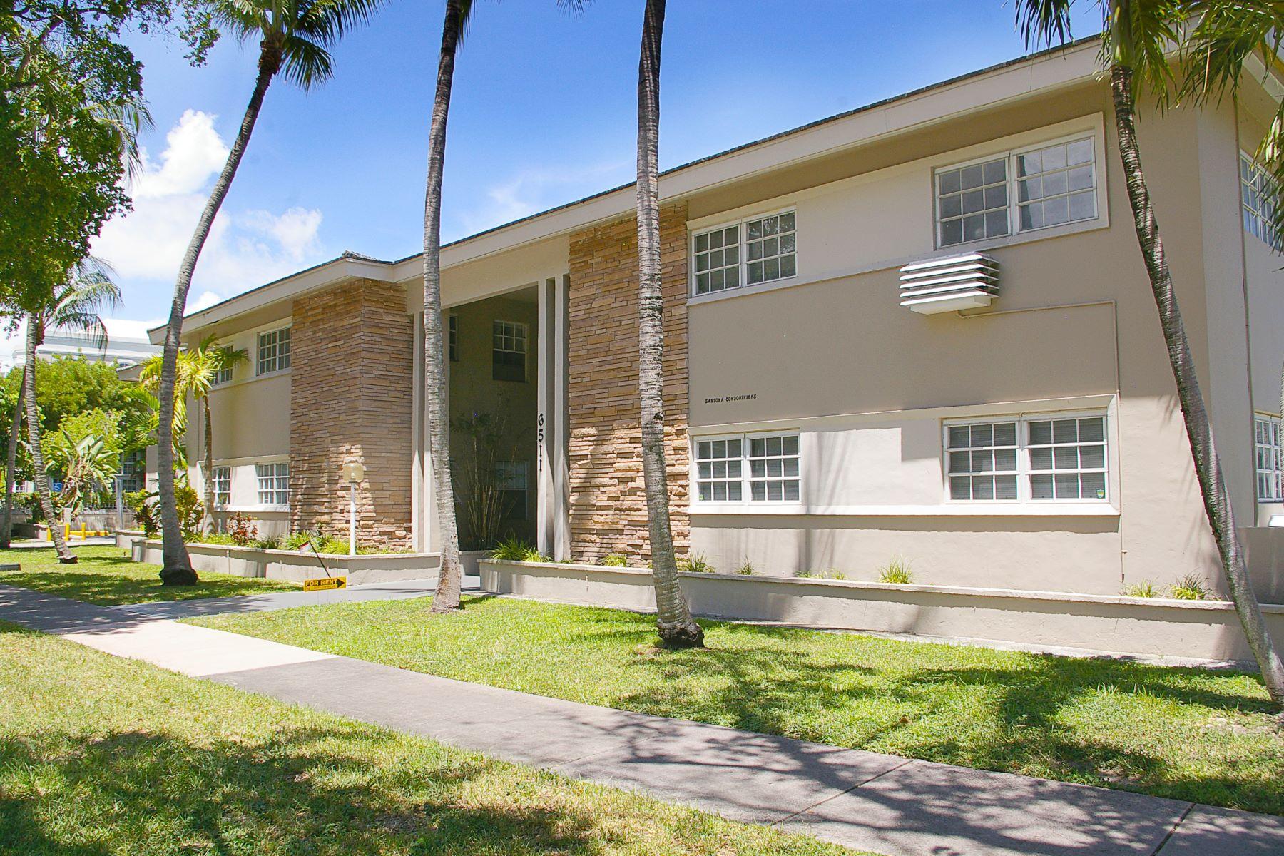共管式独立产权公寓 为 出租 在 6511 Santona St #C3 6511 Santona St C3 科勒尔盖布尔斯, 佛罗里达州 33146 美国