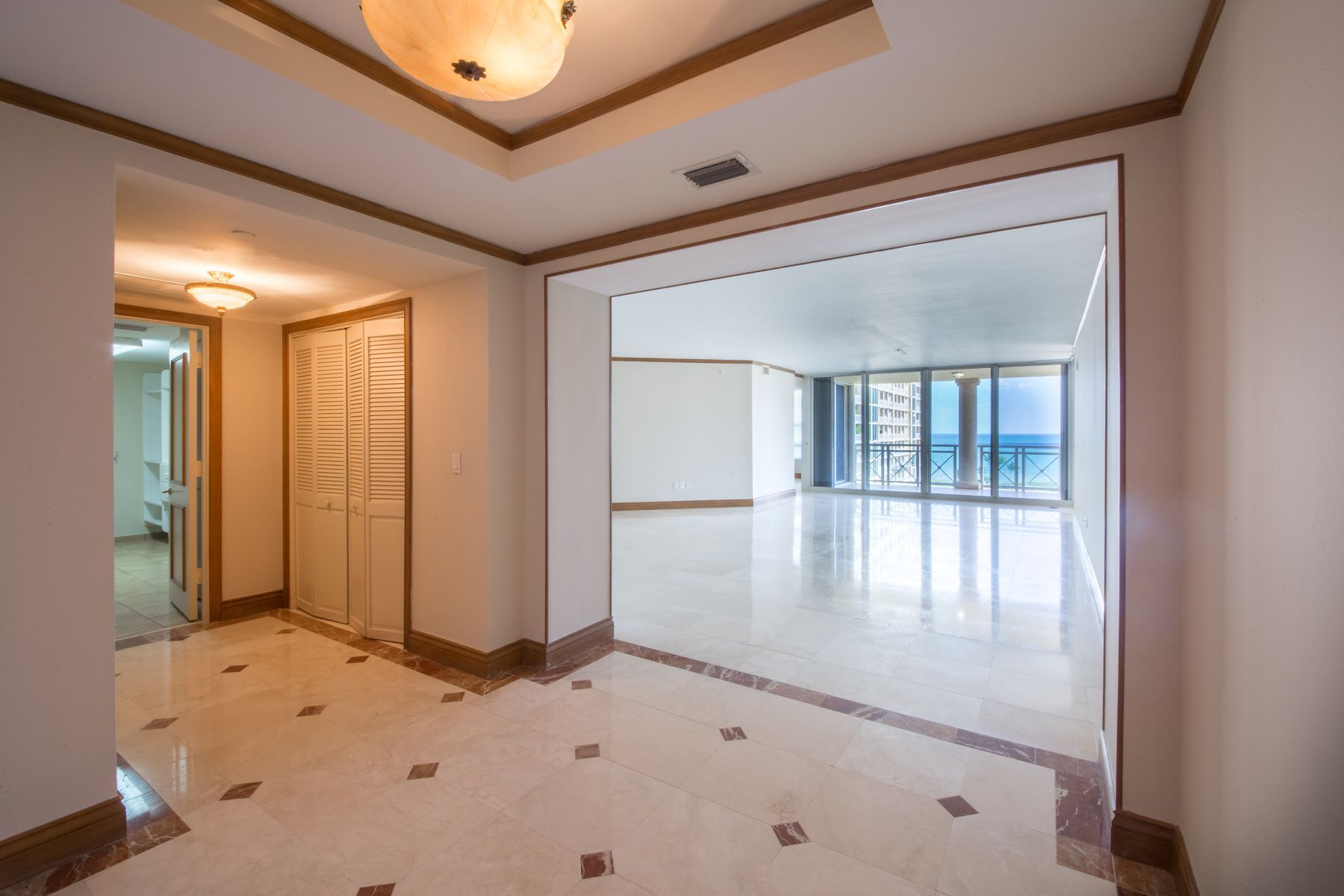 Additional photo for property listing at 445 Grand Bay Dr 704, Key Biscayne, Florida 33149 Vereinigte Staaten