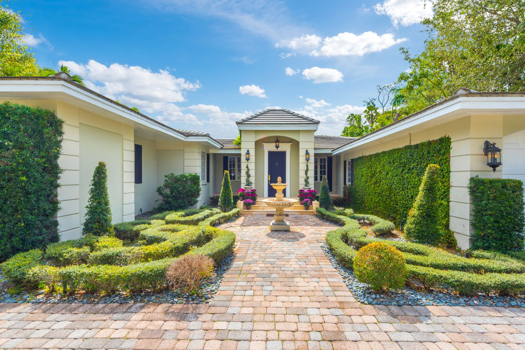 Single Family Home for Sale at 1220 S Greenway Dr Coral Gables, Florida, 33134 United States