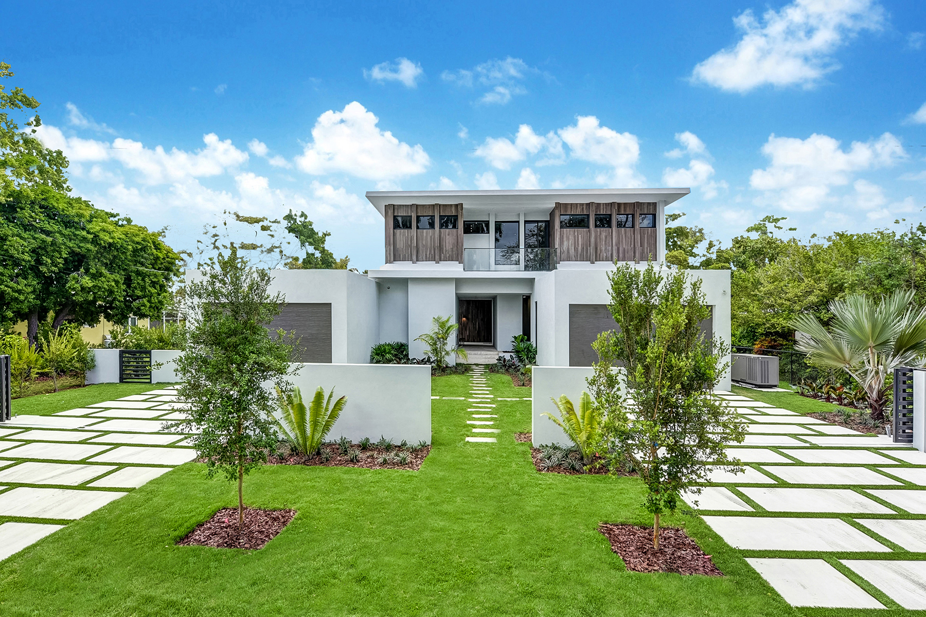 single family homes for Active at 6270 Sw 86 Street South Miami, Florida 33143 United States