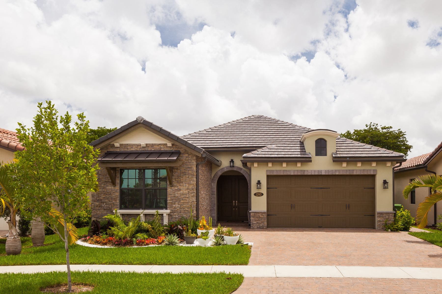 single family homes for Active at 1283 Sw 113th Way Pembroke Pines, Florida 33025 United States