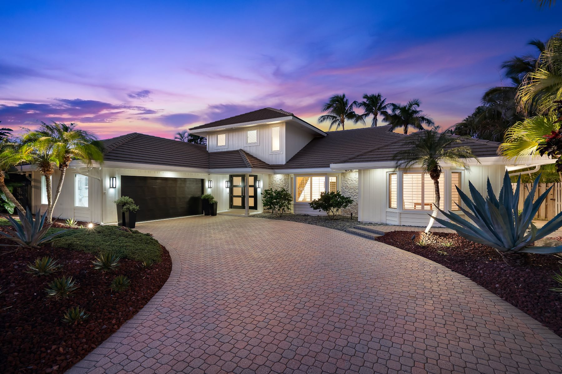Single Family Homes for Active at 111 Olympus Way Jupiter, Florida 33477 United States