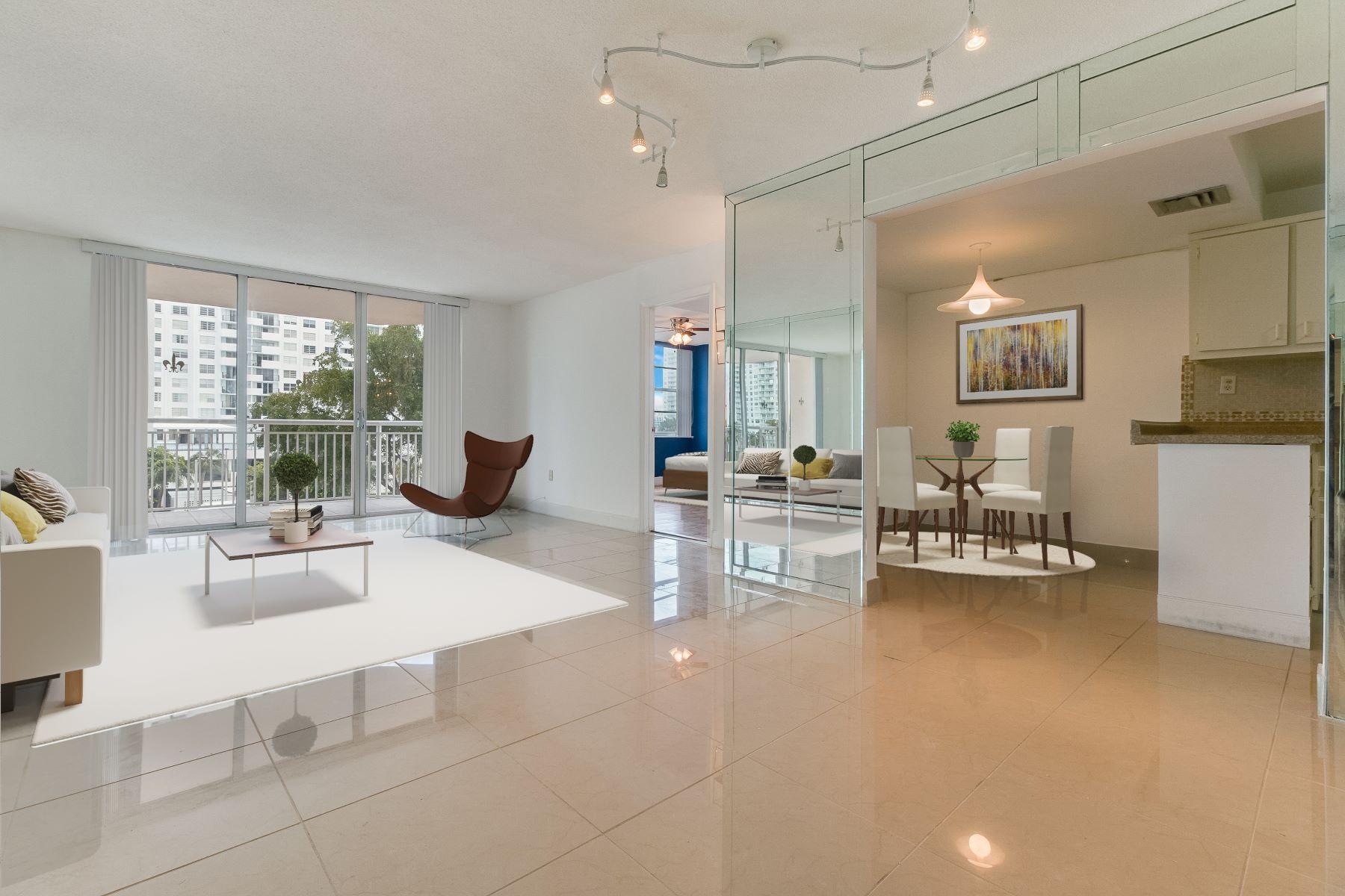 Appartement en copropriété pour l à louer à 18061 Biscayne Blvd #302-2 18061Biscayne Blvd 302-2, Aventura, Florida, 33160 États-Unis