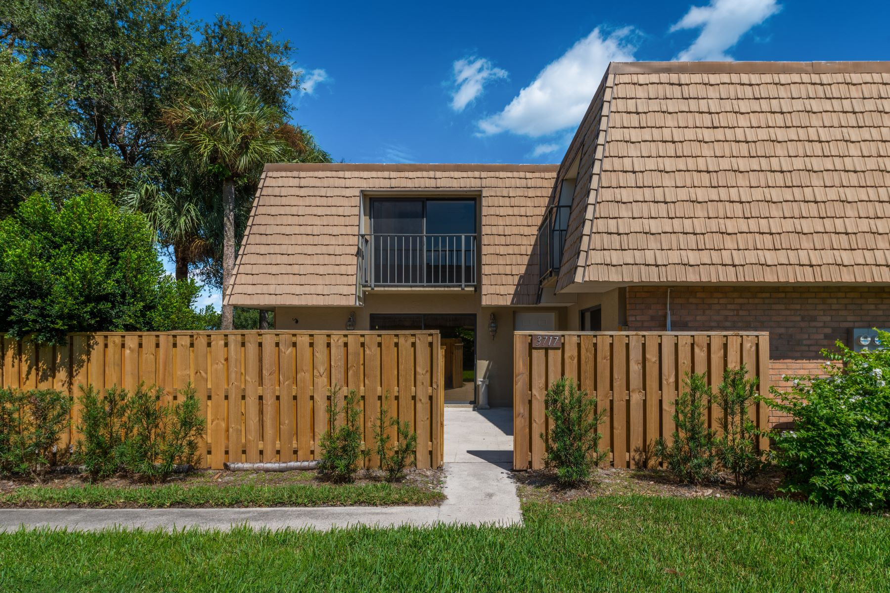 townhouses for Sale at 3717 Sw Sunset Trace Circle Palm City, Florida 34990 United States