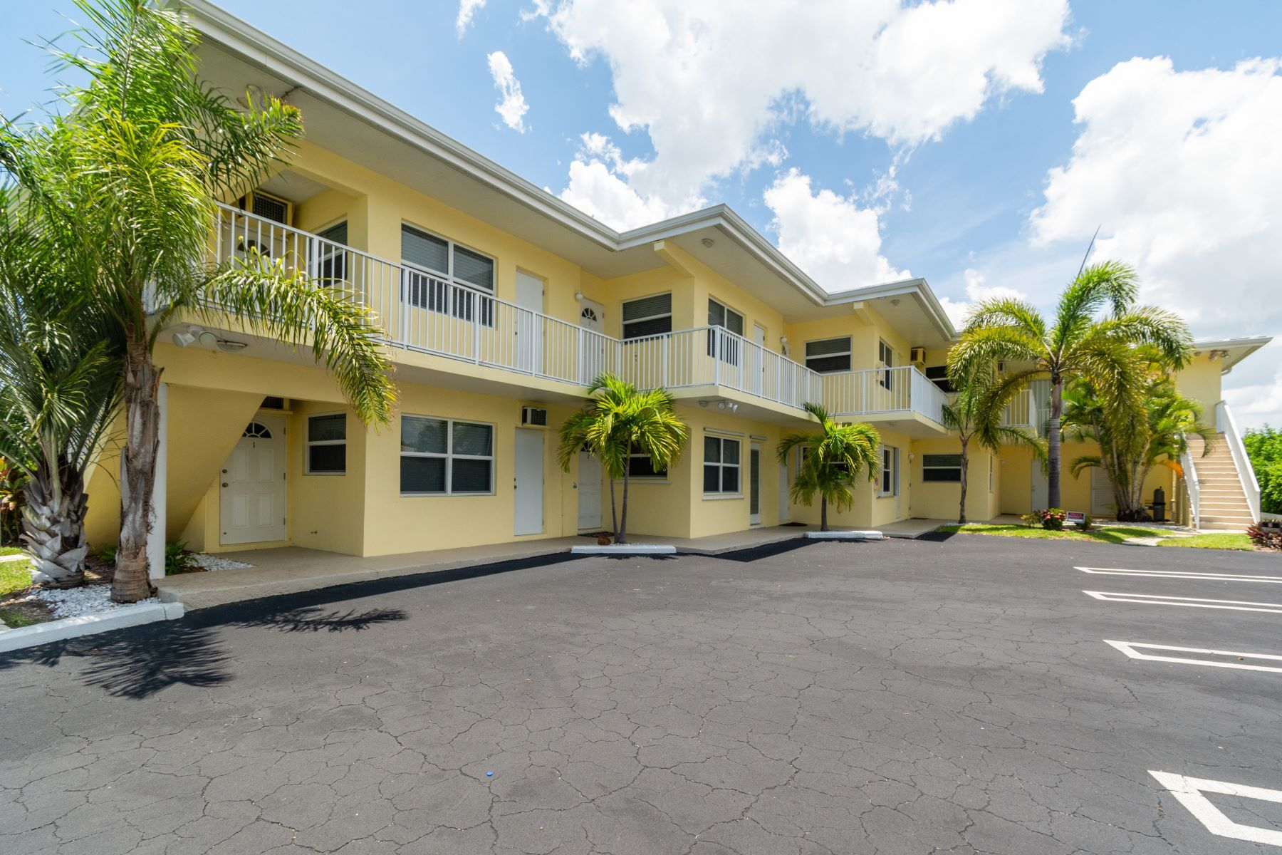Condominiums for Sale at 615 S Riverside Dr 10, Pompano Beach, Florida 33062 United States