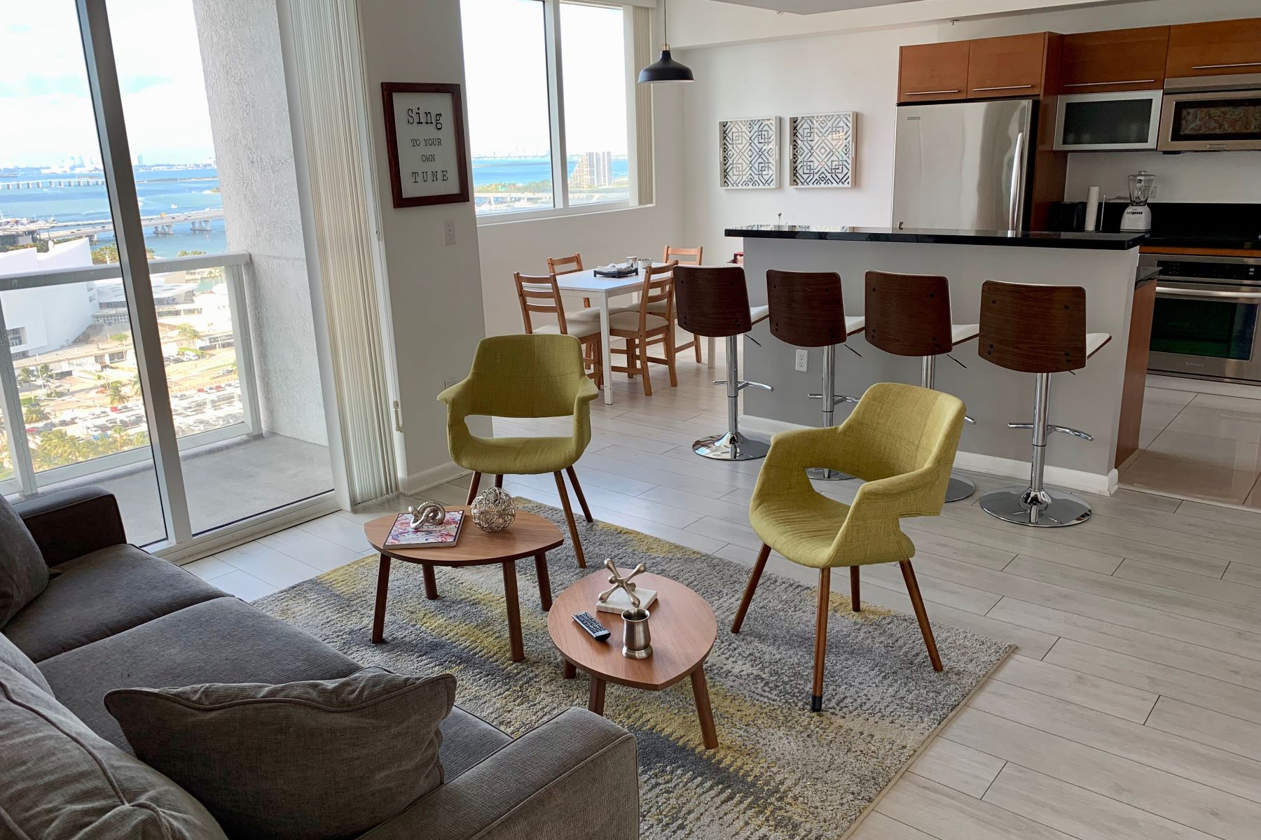 Condominiums for Rent at 244 Biscayne Bl 1708 Miami, Florida 33132 United States