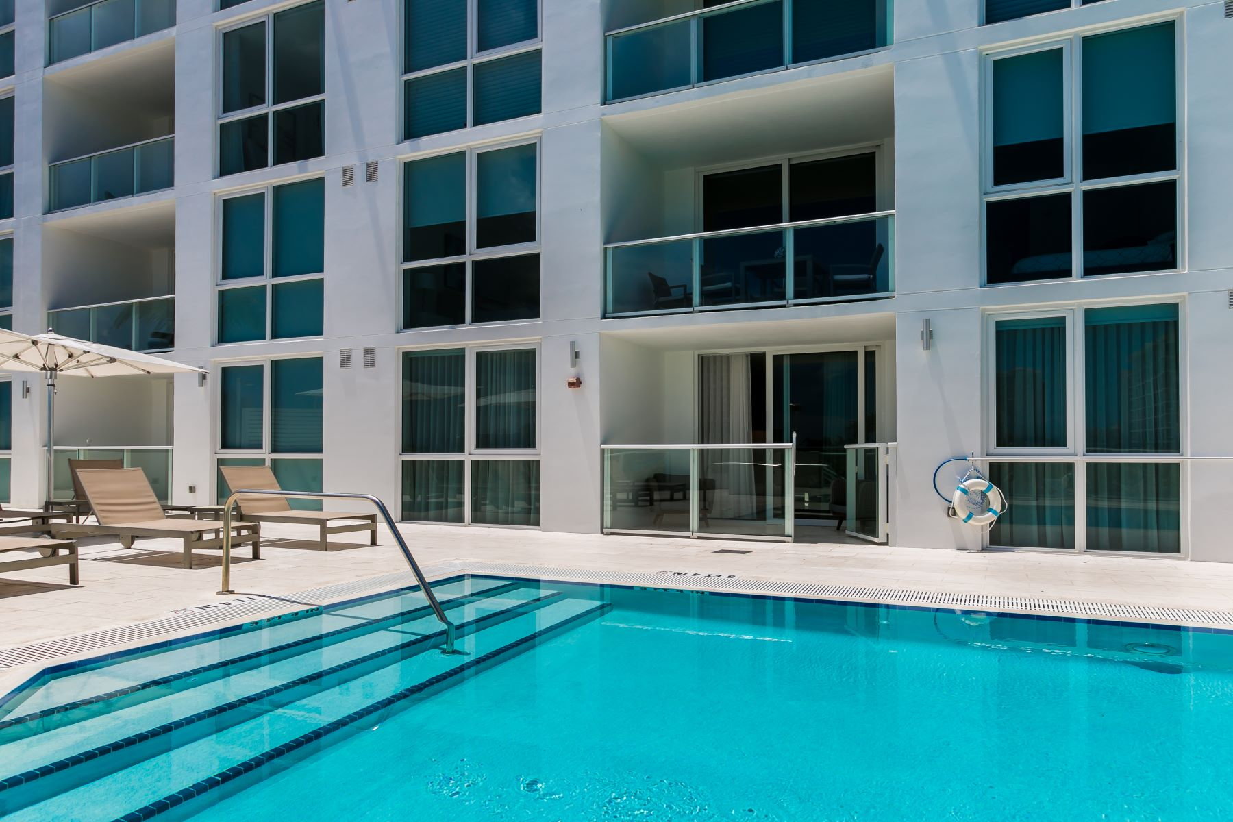 Condominiums for Rent at 401 N Birch Rd 404 Fort Lauderdale, Florida 33304 United States