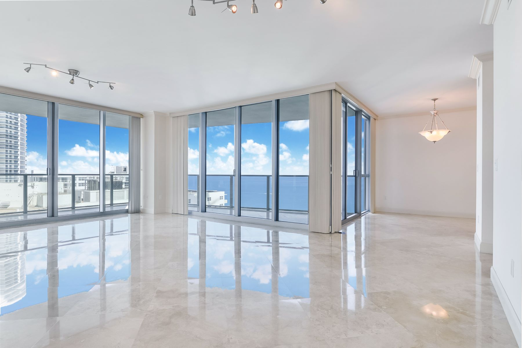Condominiums for Active at 3101 S Ocean Dr 1801 Hollywood, Florida 33019 United States