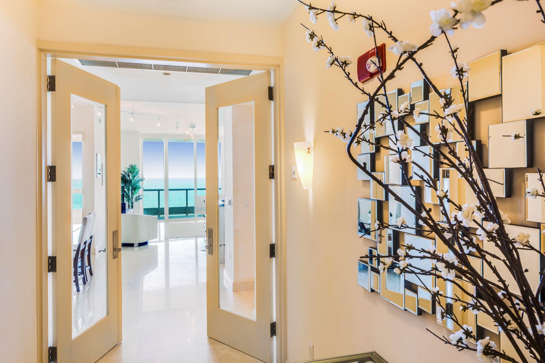 Кондоминиум для того Продажа на 100 S Pointe Dr 100 S Pointe Dr 2507, Miami Beach, Флорида, 33139 Соединенные Штаты