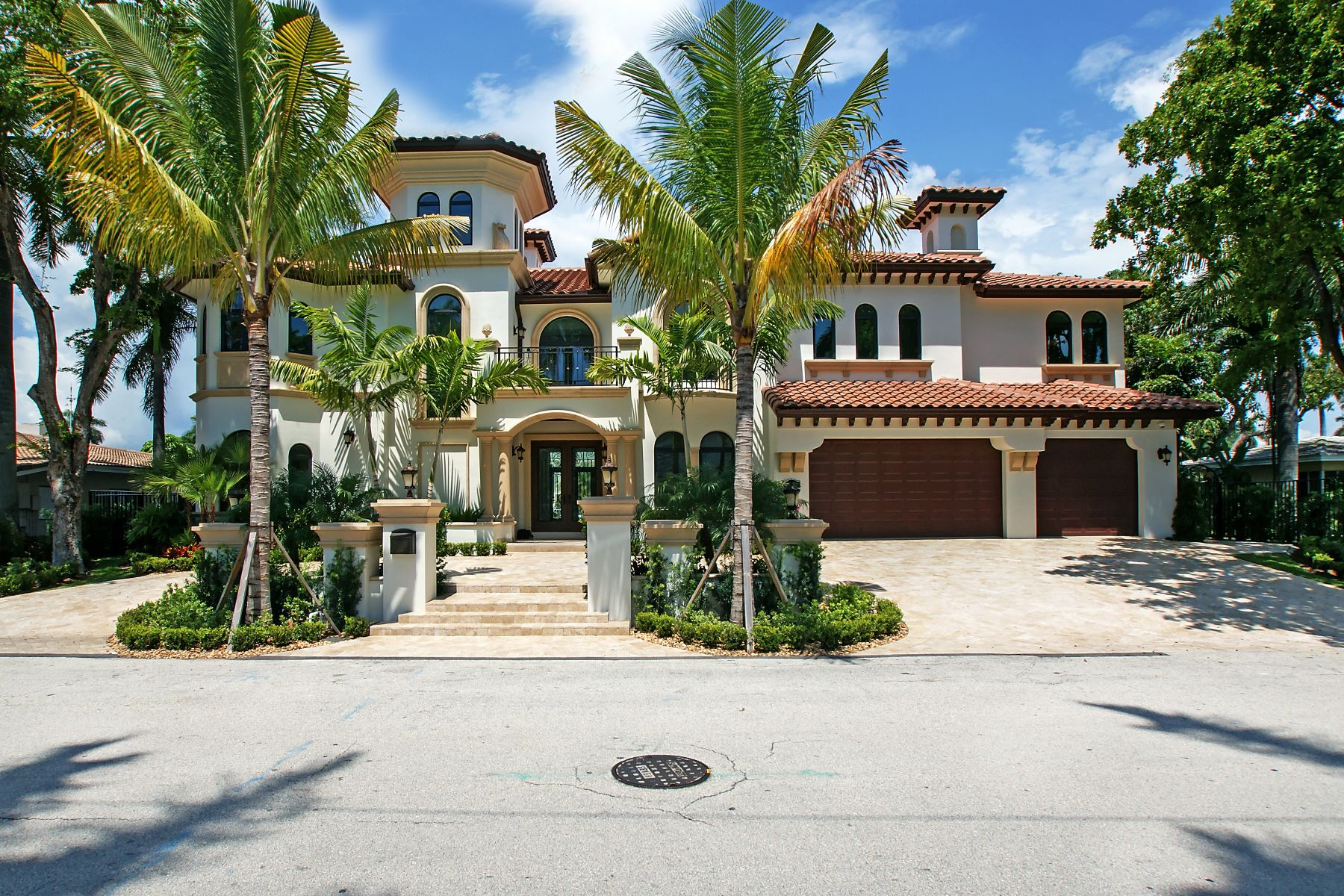Single Family Homes para Venda às Fort Lauderdale, Florida 33301 Estados Unidos
