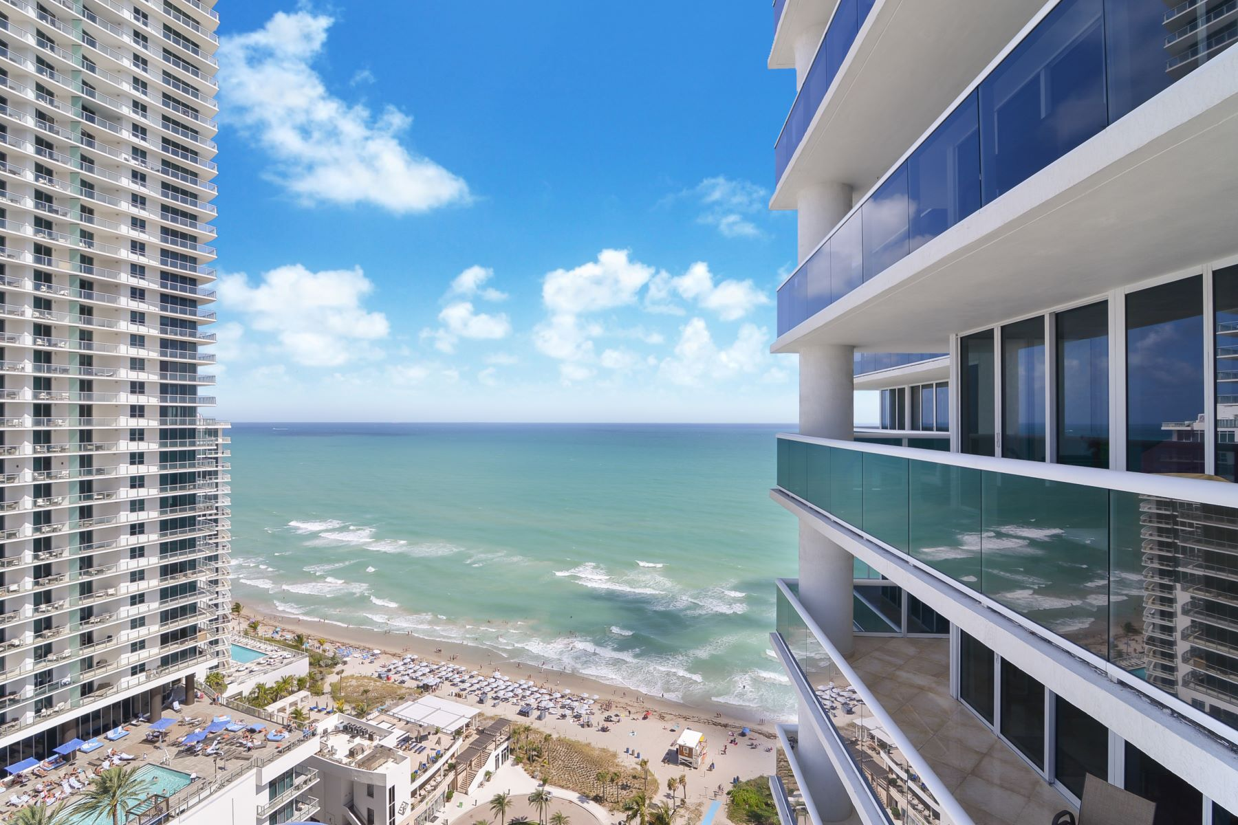 Condominiums for Sale at 1800 S Ocean Dr #2710 Hallandale, Florida 33009 United States