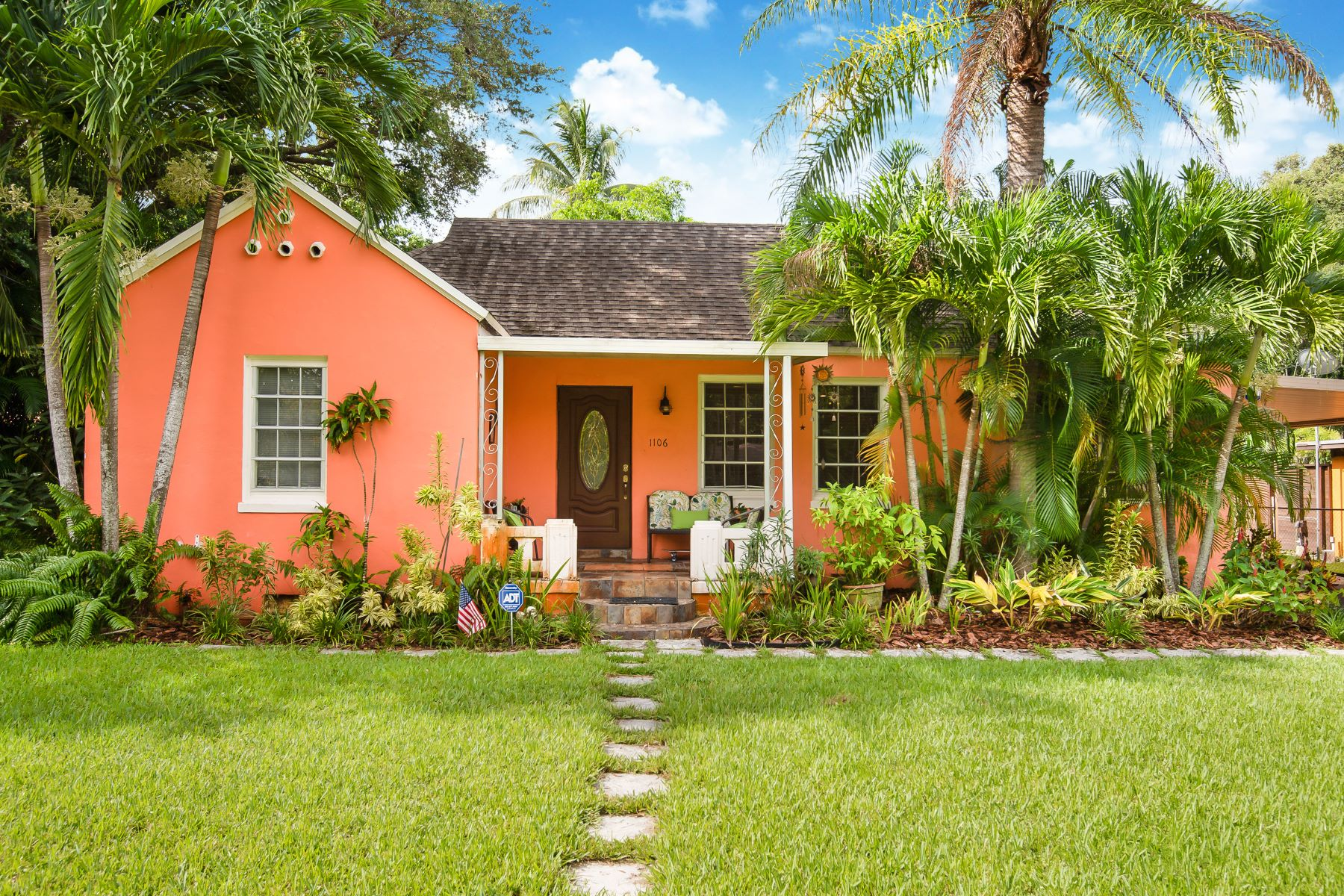 Single Family Homes for Sale at Biscayne Park, Florida 33161 United States