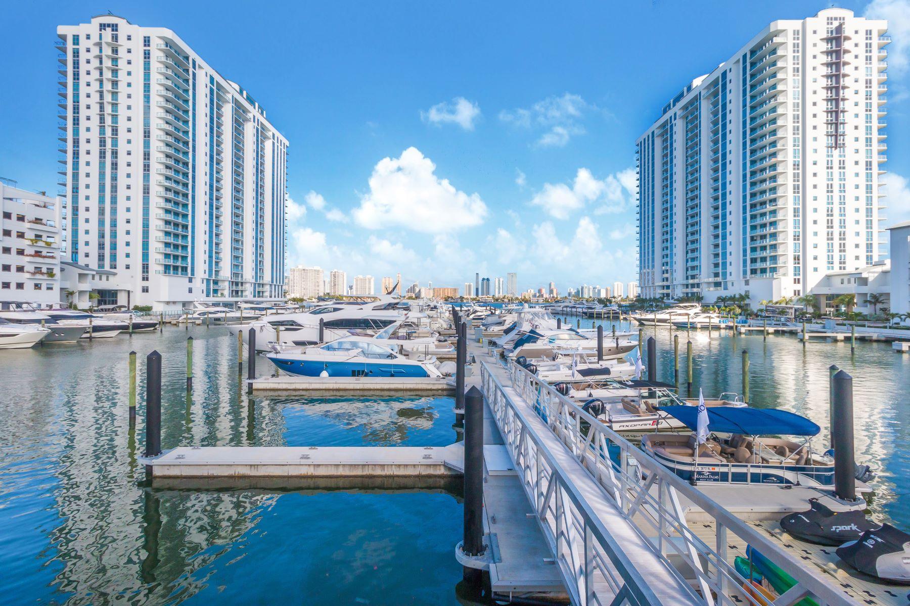 Appartement en copropriété pour l Vente à 17301 Biscayne Blvd #607 17301 Biscayne Blvd 607 North Miami Beach, Florida 33160 États-Unis