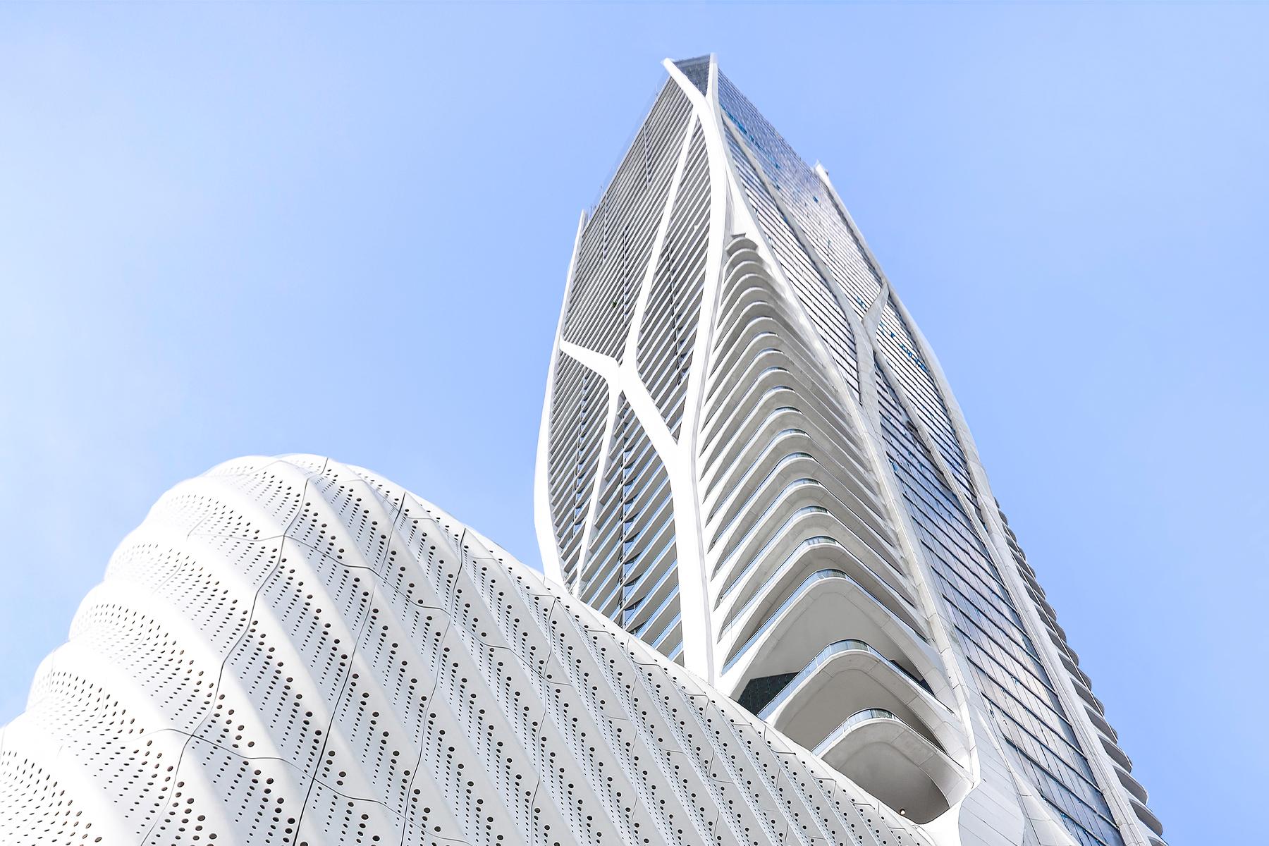 Condominiums por un Venta en 1000 Biscayne Blvd 3202 Miami, Florida 33132 Estados Unidos
