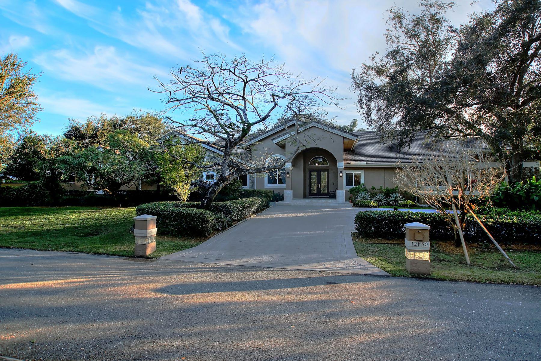 Maison unifamiliale pour l à vendre à 12850 Sw 33rd Dr Davie, Florida, 33330 États-Unis
