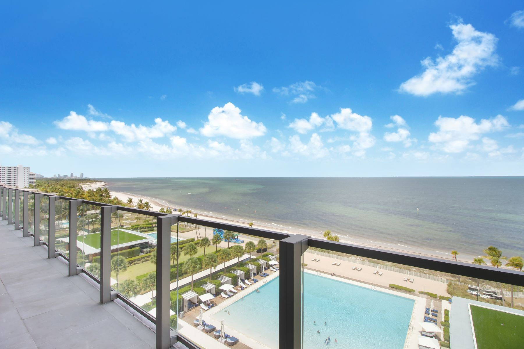 Condominiums for Sale at 360 Ocean Dr 902S, Key Biscayne, Florida 33149 United States