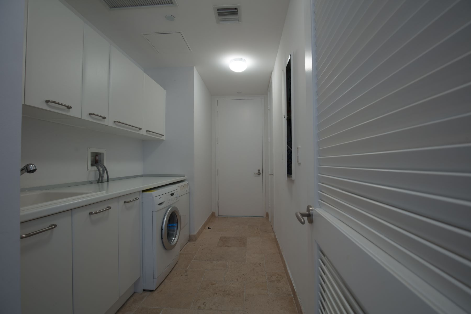 Additional photo for property listing at 16051 Collins Ave 16051 Collins Ave 2802 阳光岛海岸, 佛罗里达州 33160 美国