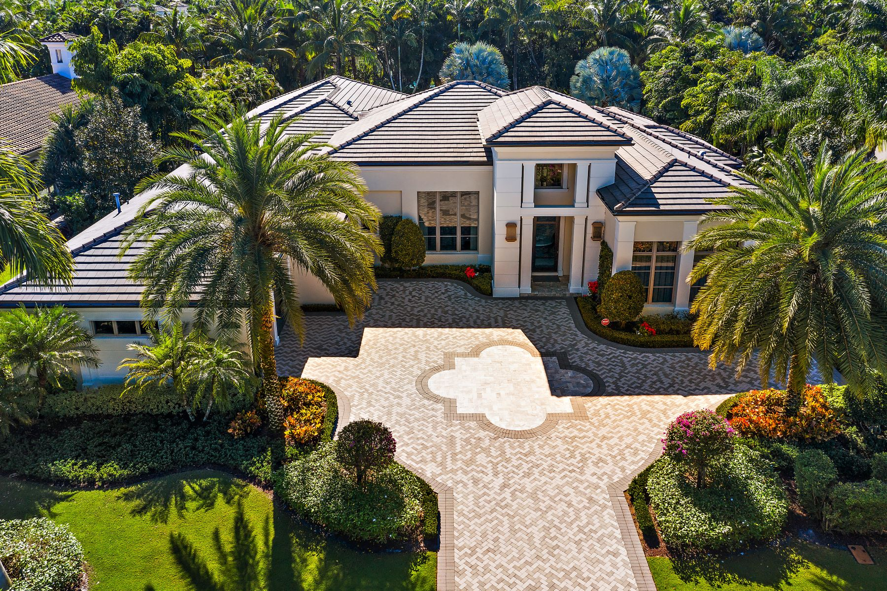 Single Family Homes for Active at 11774 Calleta Court Palm Beach Gardens, Florida 33418 United States