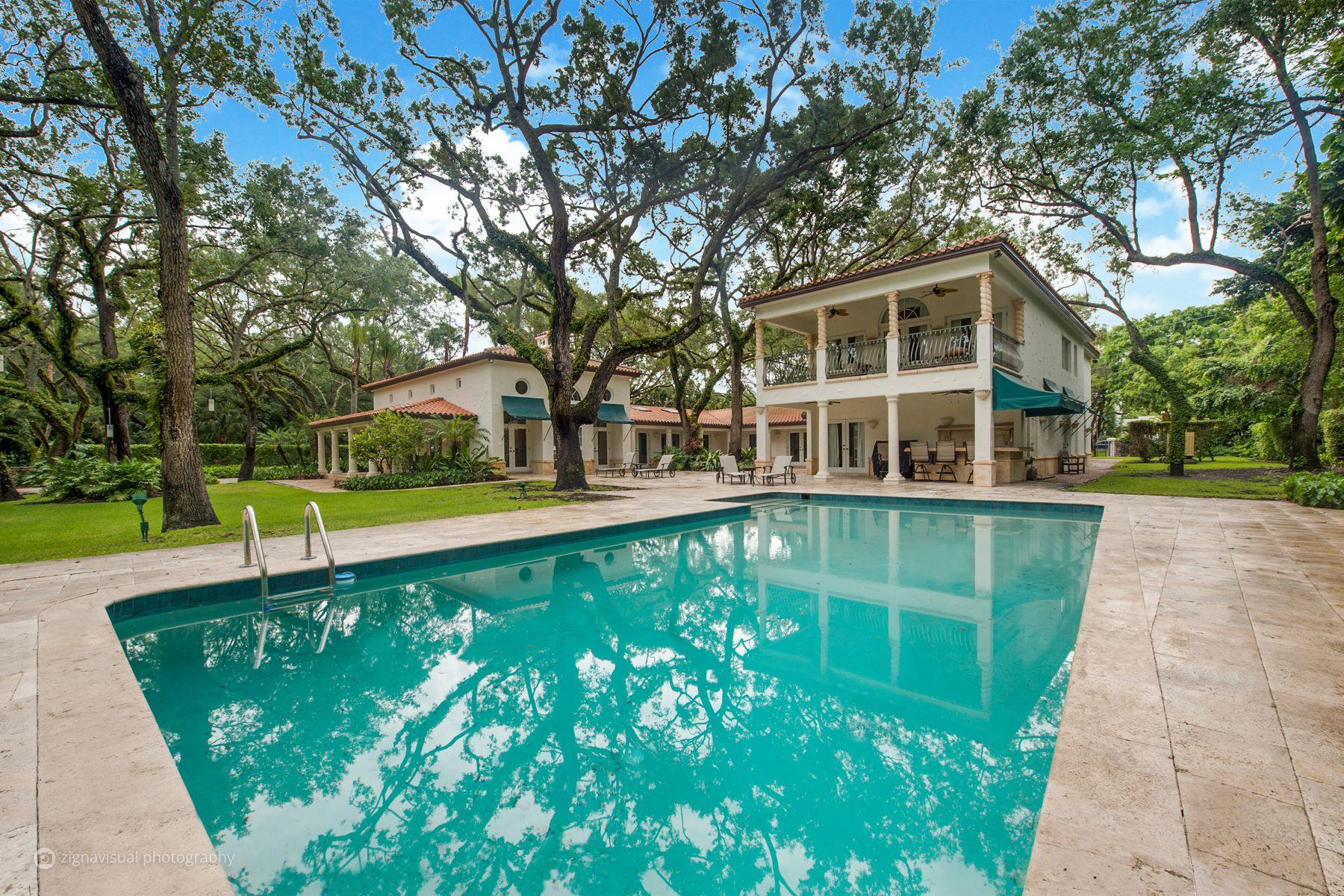 단독 가정 주택 용 매매 에 10100 Lakeside Dr 10100Lakeside Dr Coral Gables, 플로리다, 33156 미국