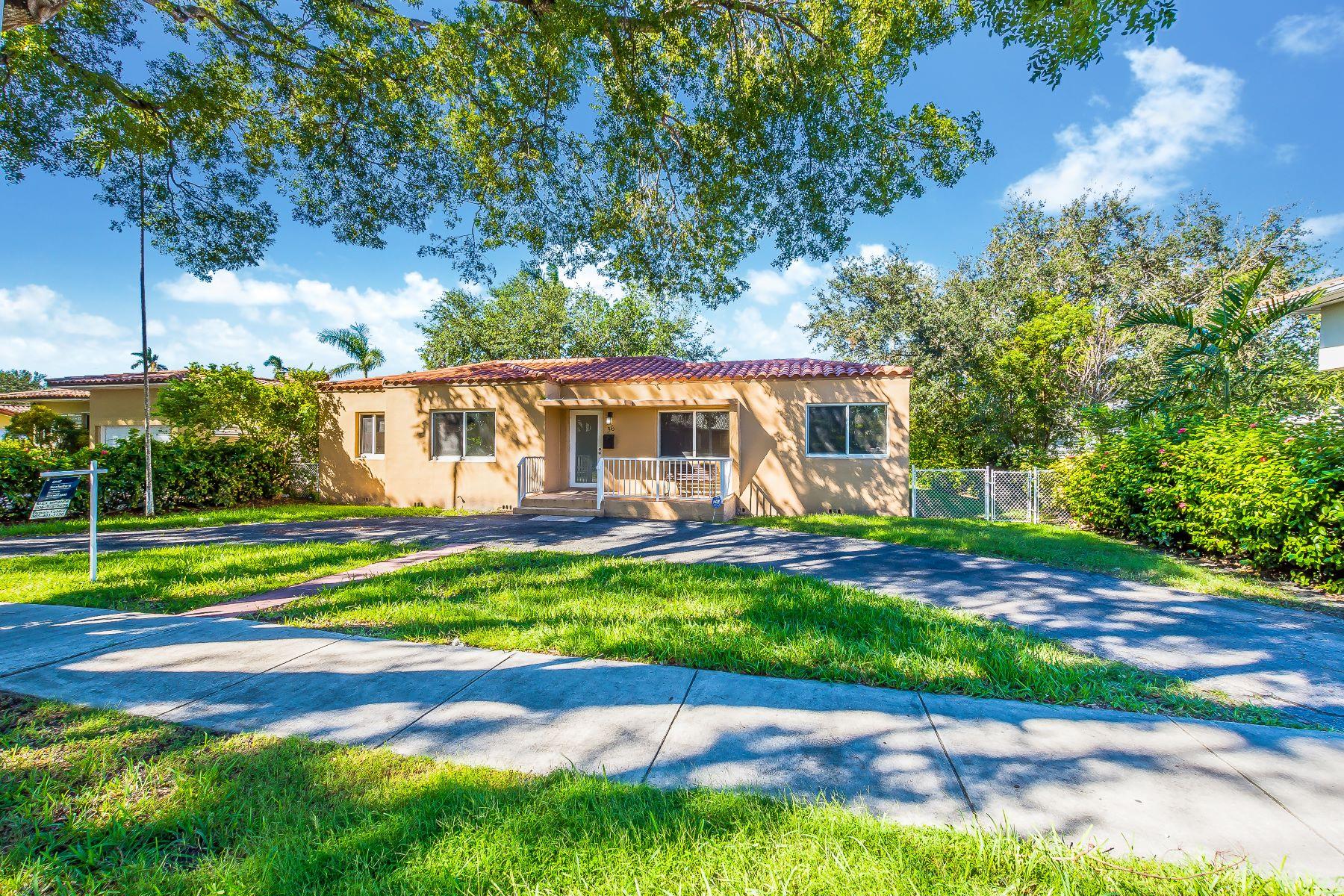 단독 가정 주택 용 매매 에 36 Palmetto Dr Miami Springs, 플로리다, 33166 미국