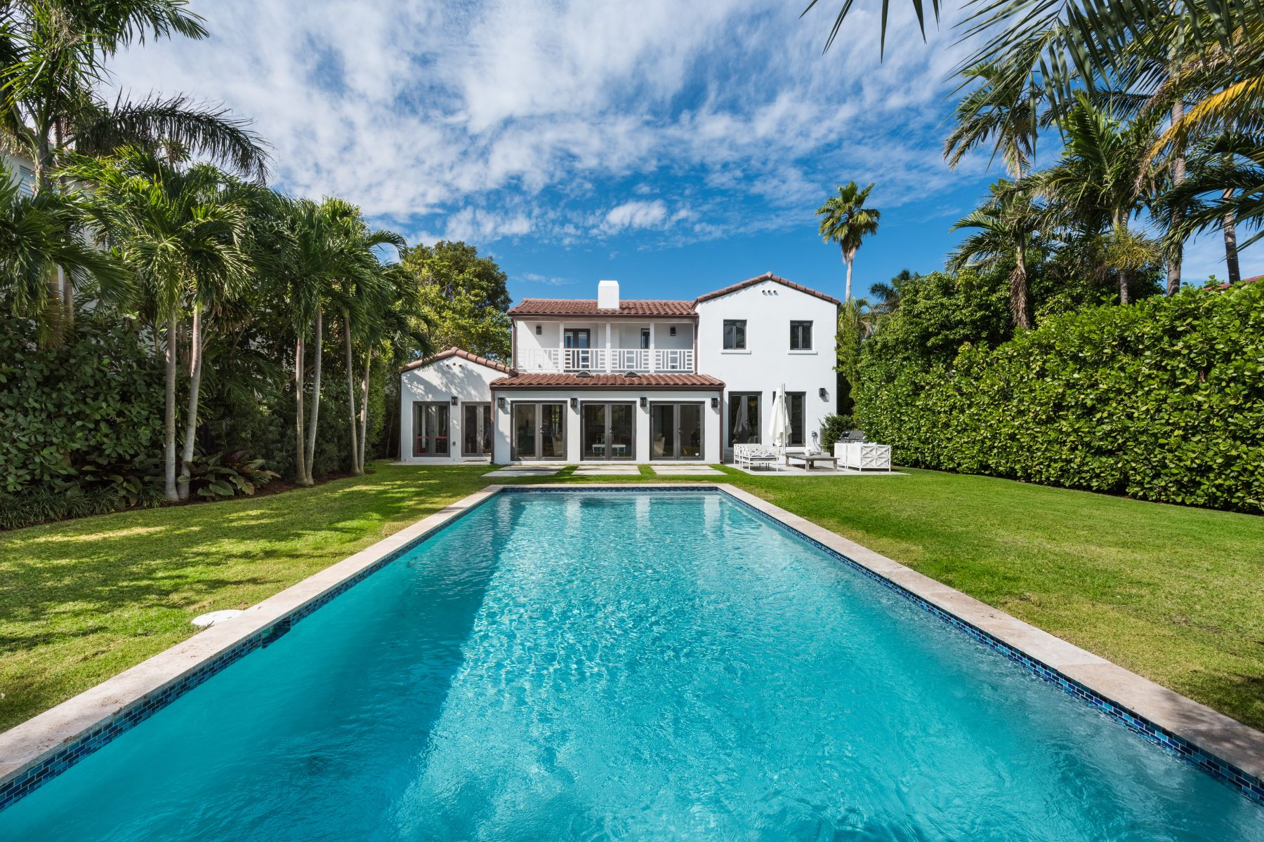 Single Family Home for Sale at 4475 N Meridian Ave Miami Beach, Florida, 33140 United States