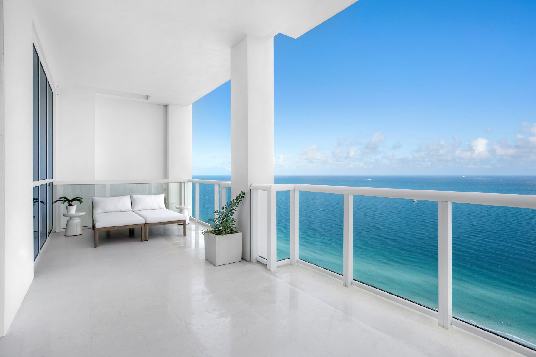 Condominium for Sale at 50 S Pointe Dr 50 S Pointe Dr 3501, Miami Beach, Florida, 33139 United States