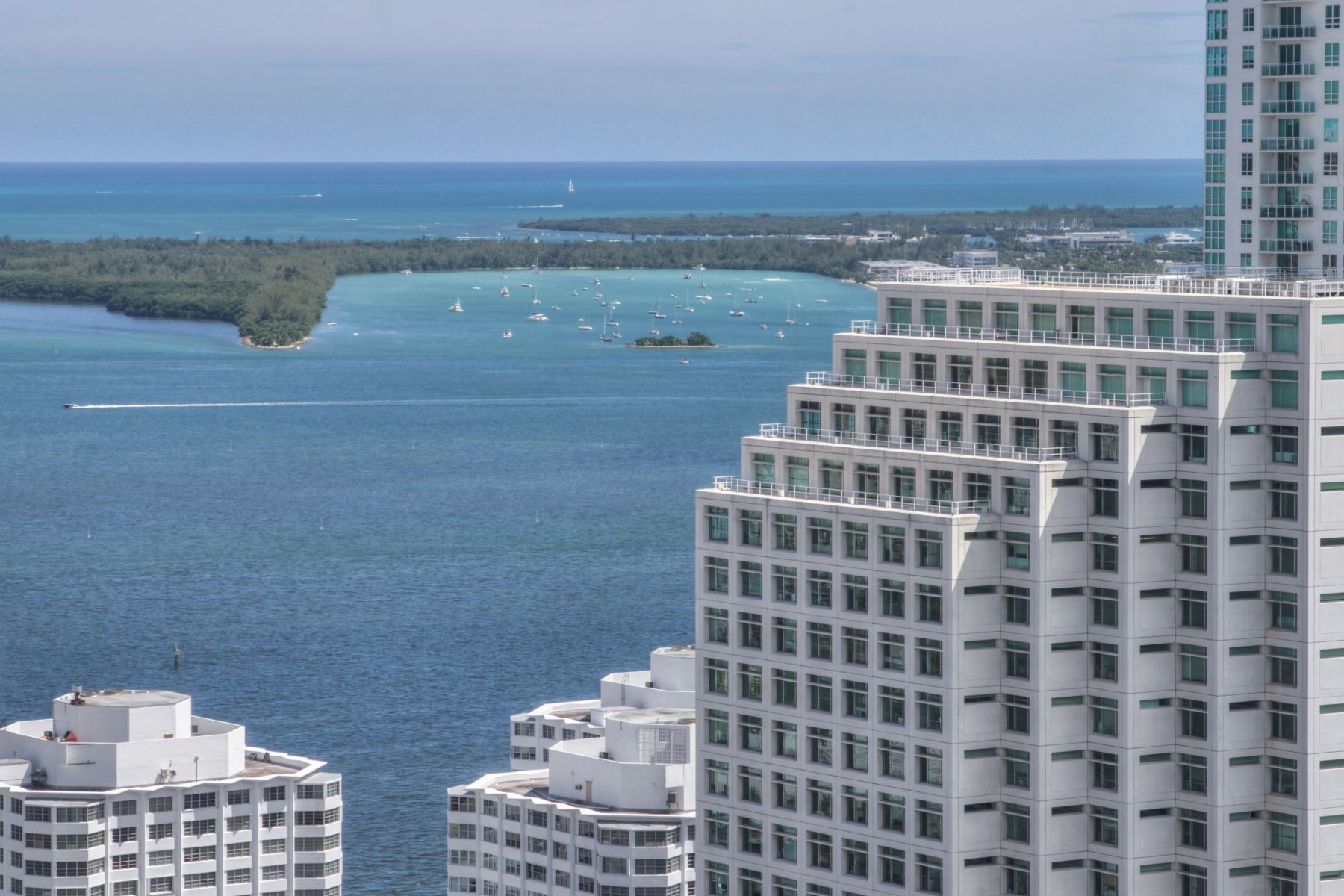 Condominium for Sale at 68 Se 6 Street #3511 68 Se6 Street 3511 Miami, Florida 33131 United States