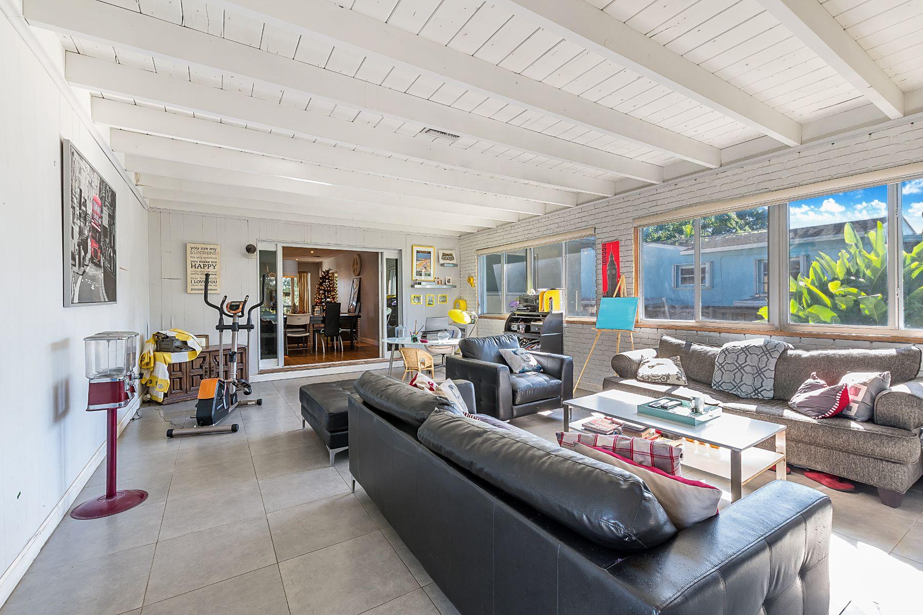 단독 가정 주택 용 매매 에 150 Apache St Miami Springs, 플로리다, 33166 미국