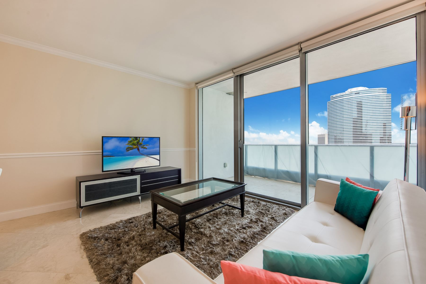 Condominium for Sale at 200 Biscayne Boulevard W #4010 200 Biscayne Boulevard W 4010 Miami, Florida, 33131 United States
