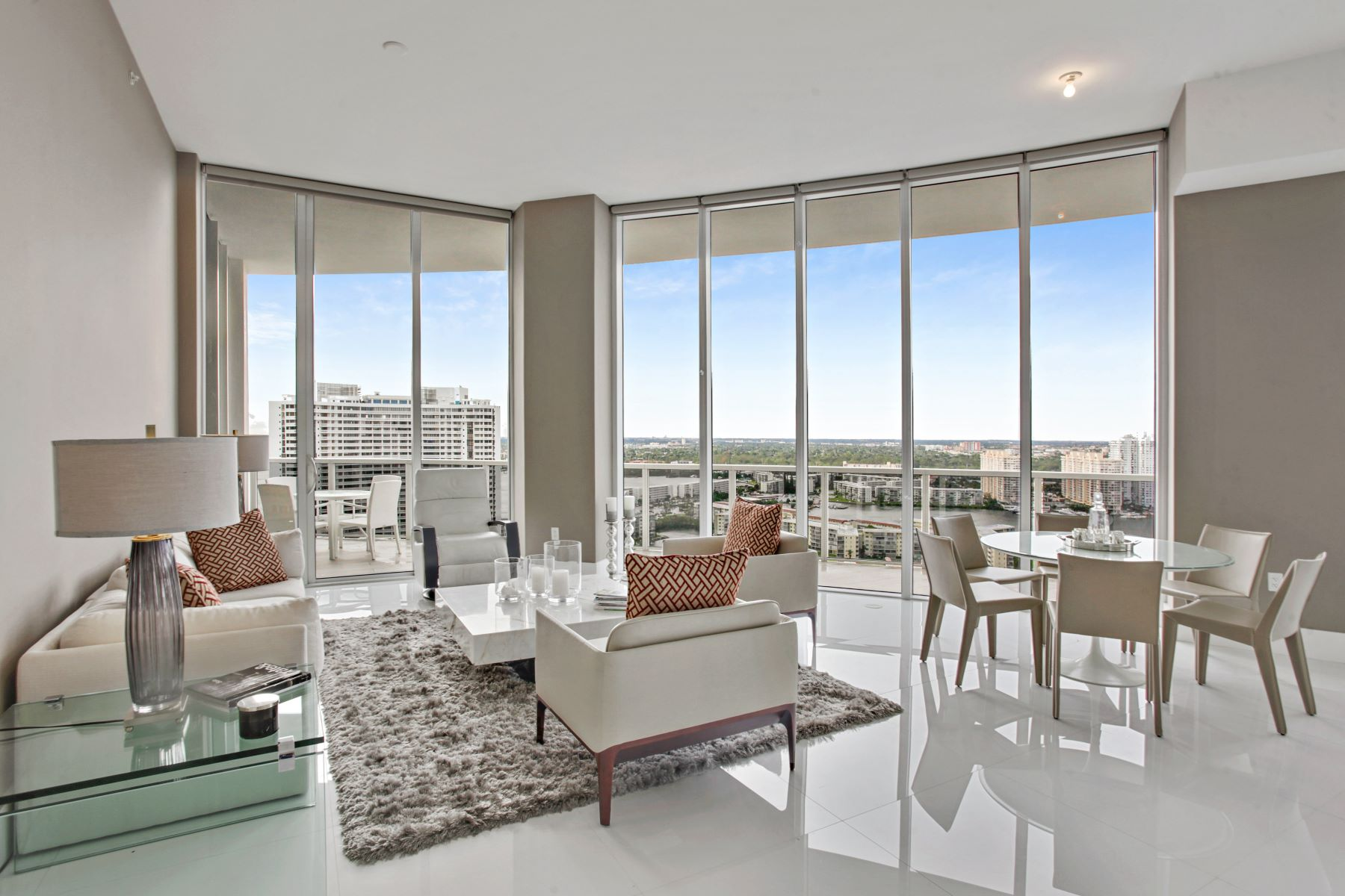 Appartement en copropriété pour l à louer à 4100 Island Blvd 4100 Island Blvd 2303 Aventura, Florida 33160 États-Unis