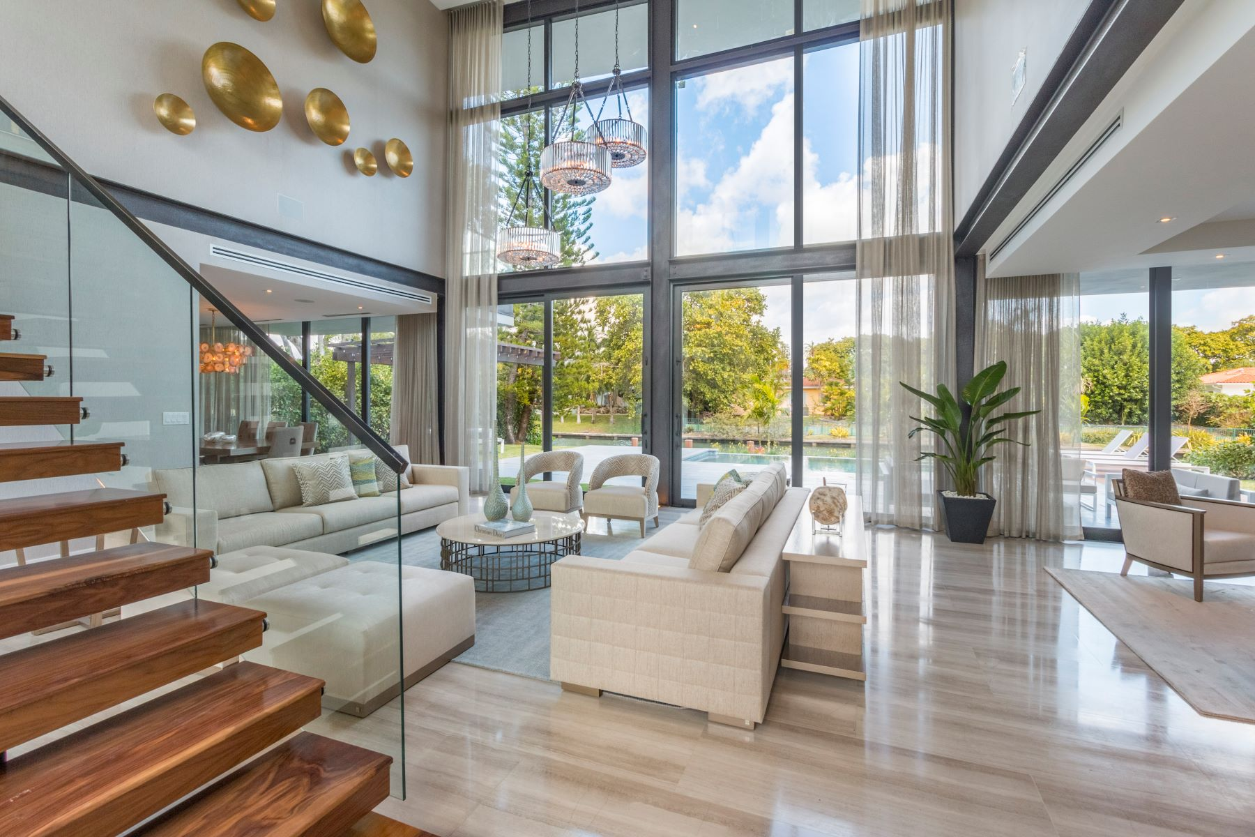 一戸建て のために 売買 アット 721 Buttonwood Ln Miami, フロリダ, 33137 アメリカ合衆国