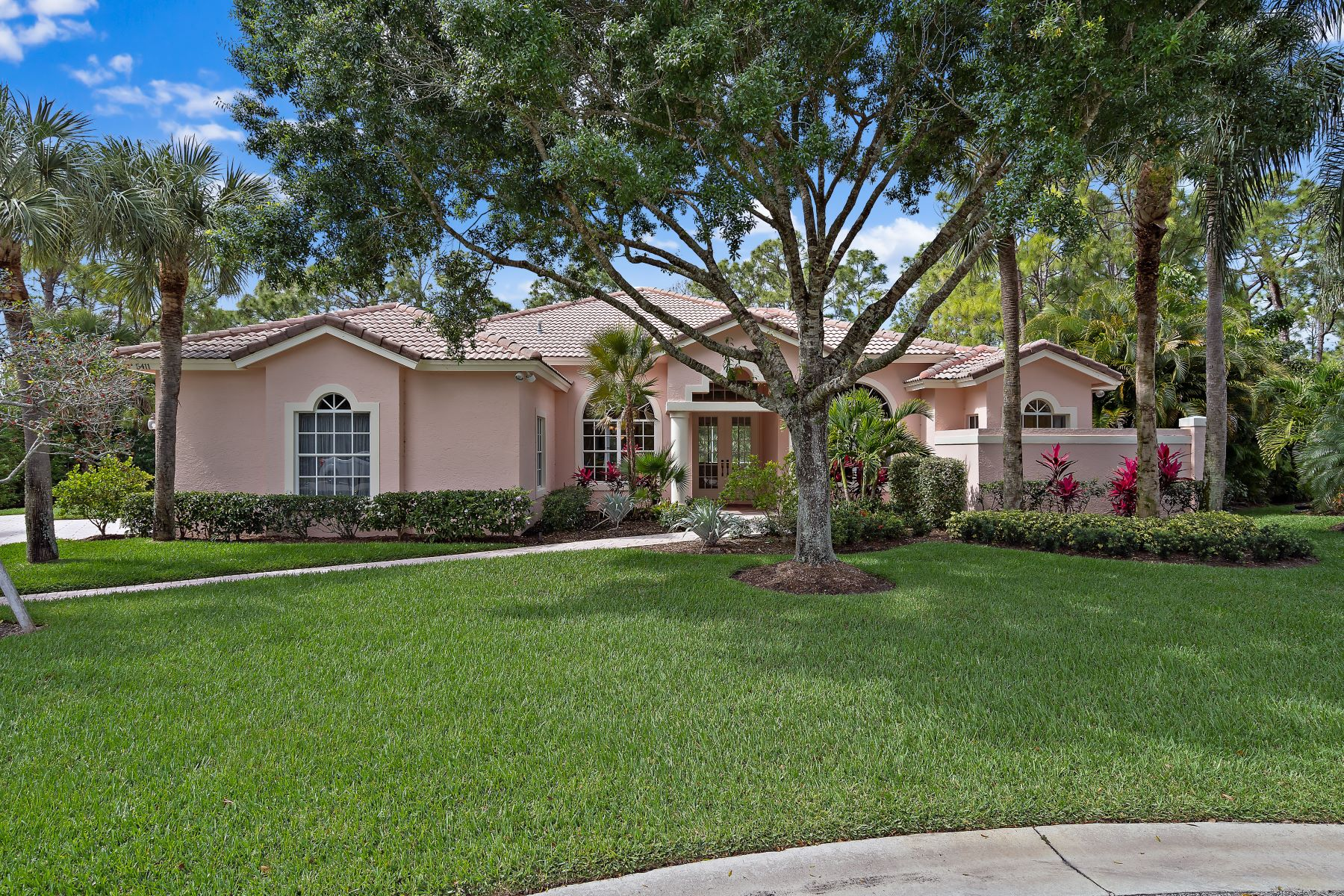 Single Family Homes for Active at 5411 Se Serenoa Terrace Hobe Sound, Florida 33455 United States