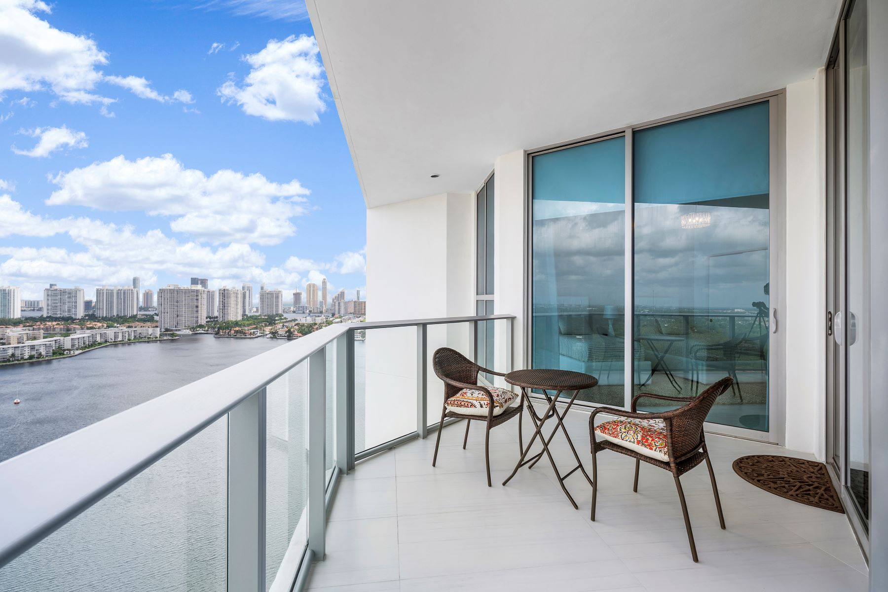 Condominiums for Sale at 17111 Biscayne Blvd LPH7 North Miami Beach, Florida 33179 United States