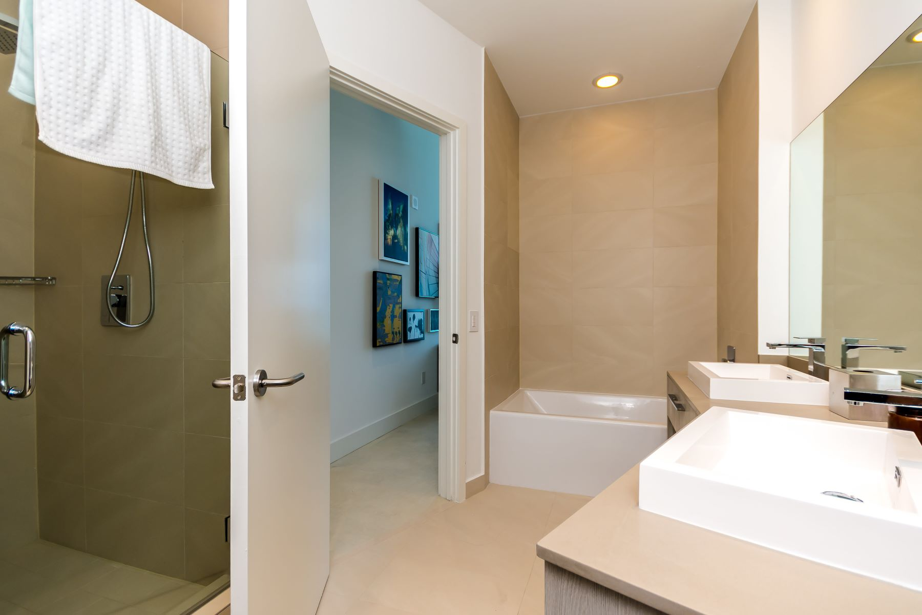 Additional photo for property listing at 4111 S Ocean Drive 4111 S Ocean Drive 701 Hollywood, Florida 33019 Estados Unidos