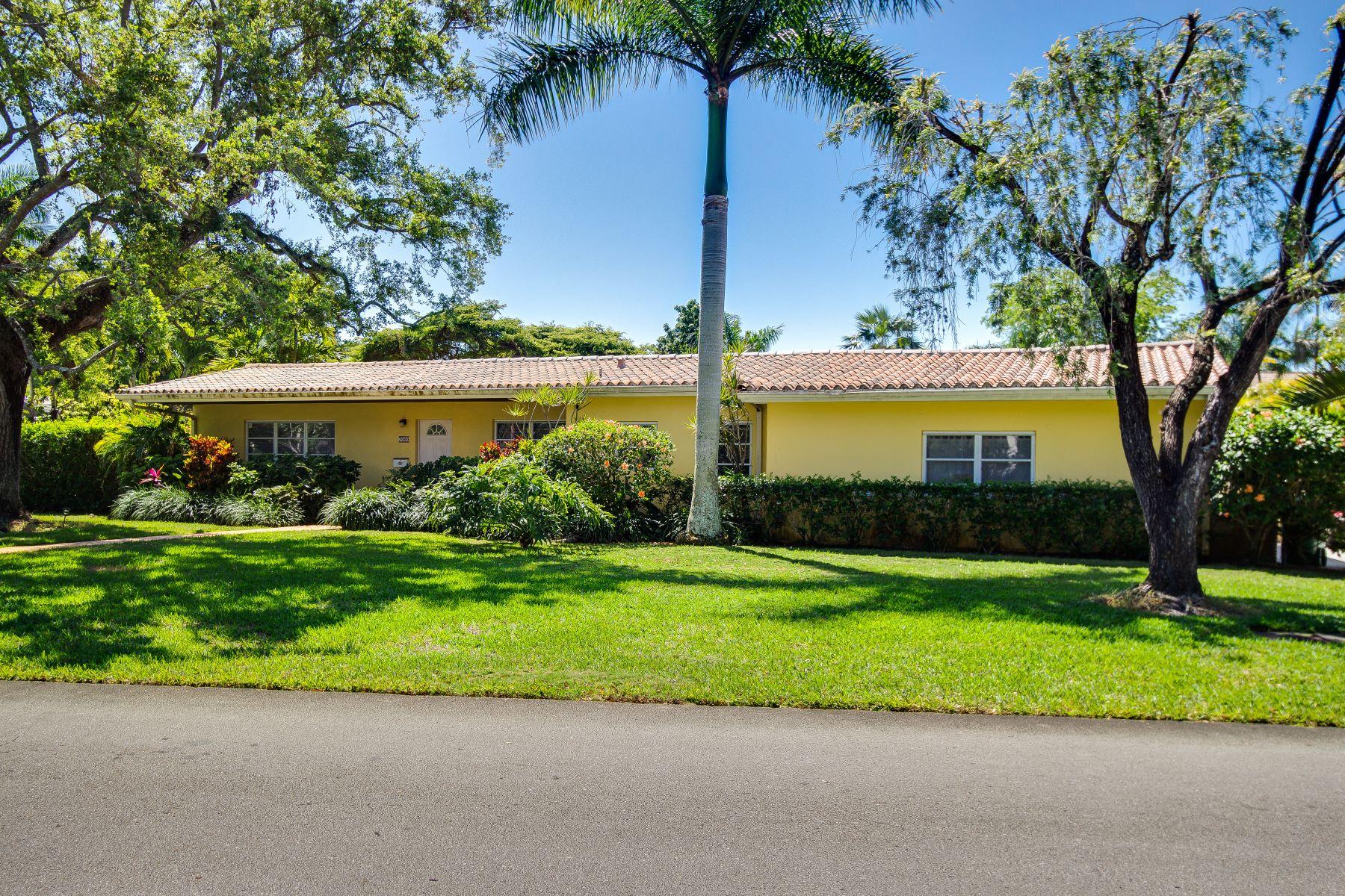 Casa Unifamiliar por un Venta en 7000 Sw 94th St Pinecrest, Florida, 33156 Estados Unidos