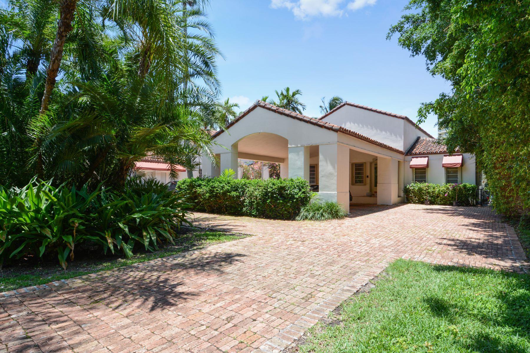 Casa para uma família para Venda às 44 Bal Bay Dr Bal Harbour, Florida, 33154 Estados Unidos