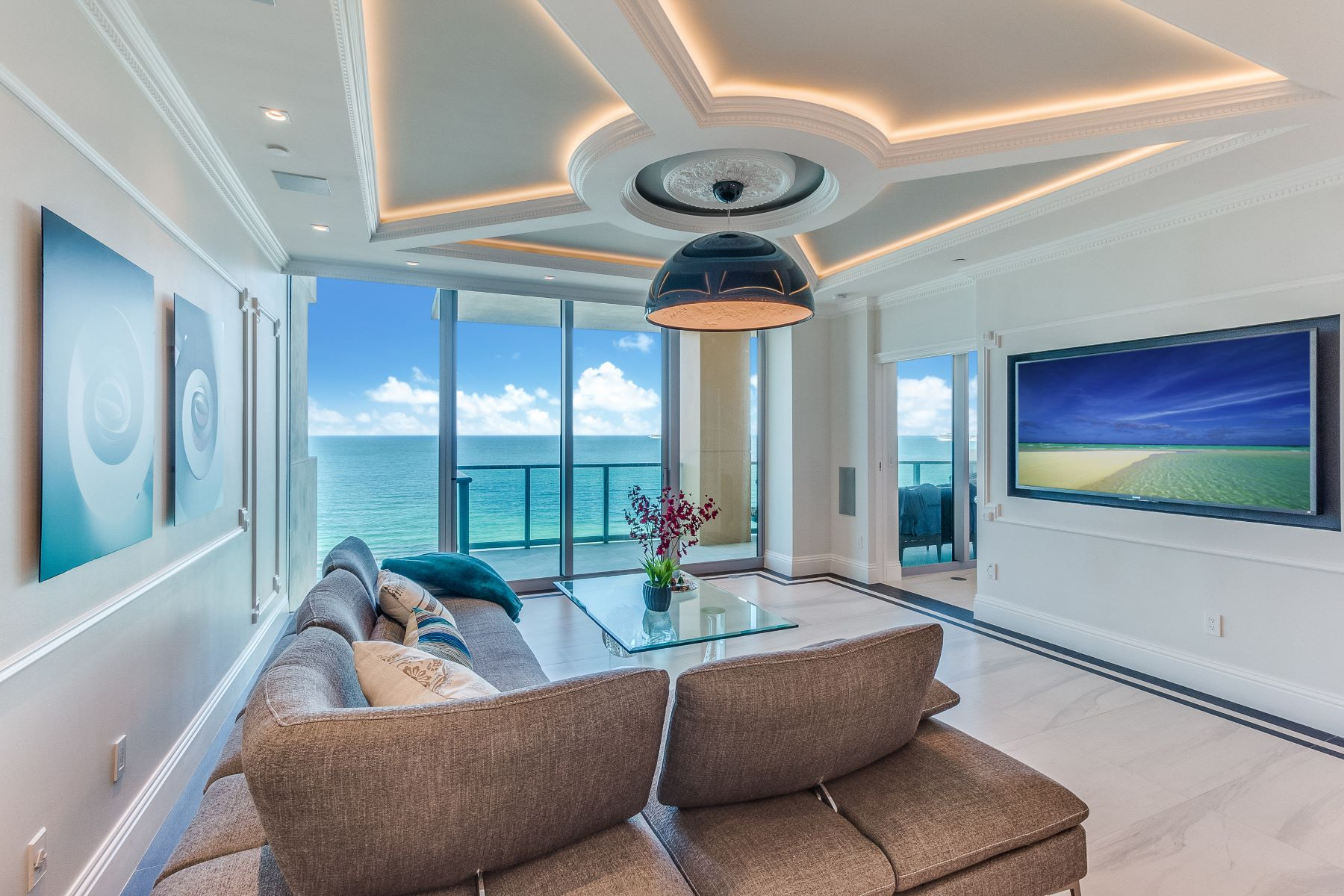 Appartement en copropriété pour l à vendre à 1455 Ocean Dr 1455 Ocean Dr 1607, Miami Beach, Florida, 33139 États-Unis