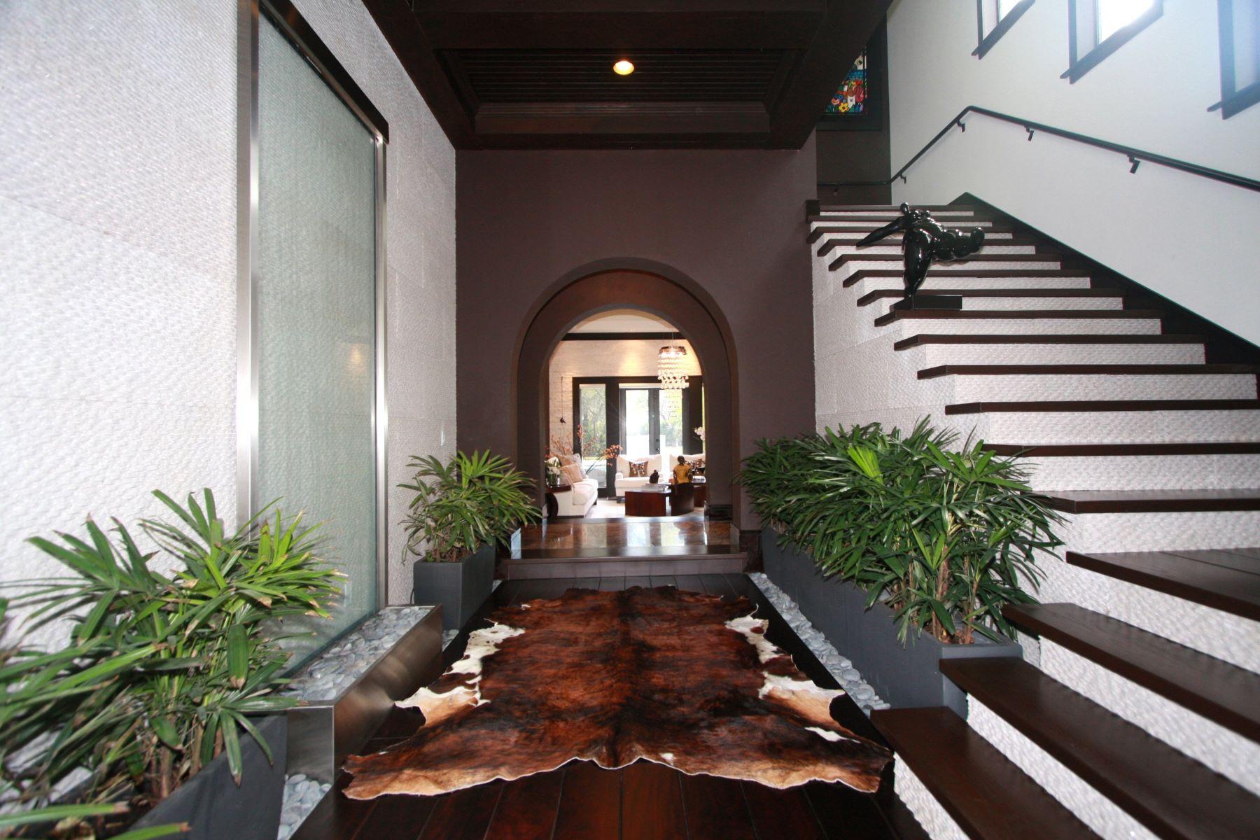 独户住宅 为 销售 在 5952 Sw 102 St 派恩克雷斯特, 佛罗里达州, 33156 美国
