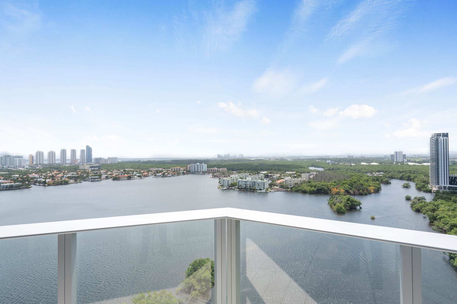 Condominiums for Sale at 17111 Biscayne Blvd 2304 North Miami Beach, Florida 33160 United States