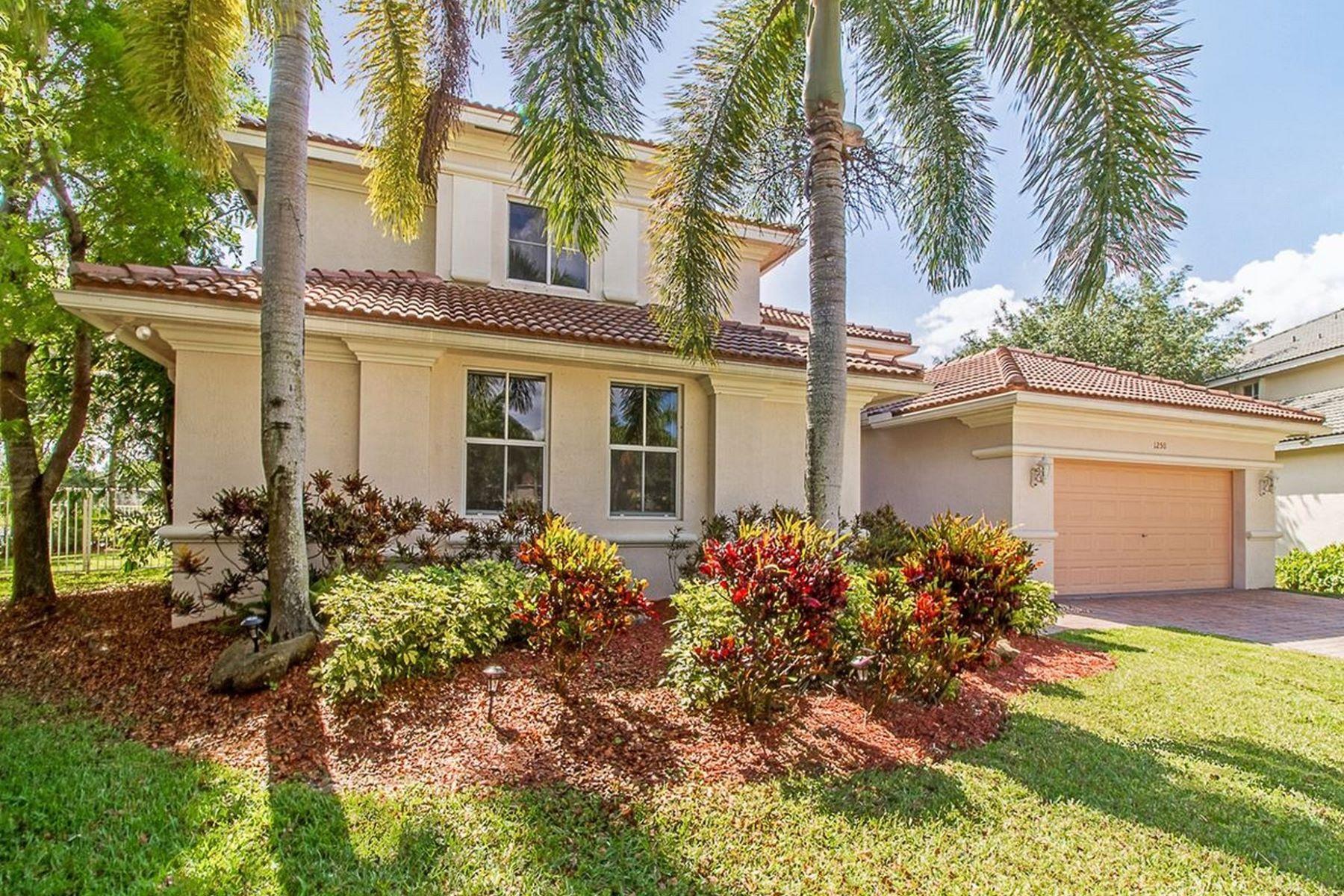 واحد منزل الأسرة للـ Sale في 1250 Placid Ct Weston, Florida, 33327 United States