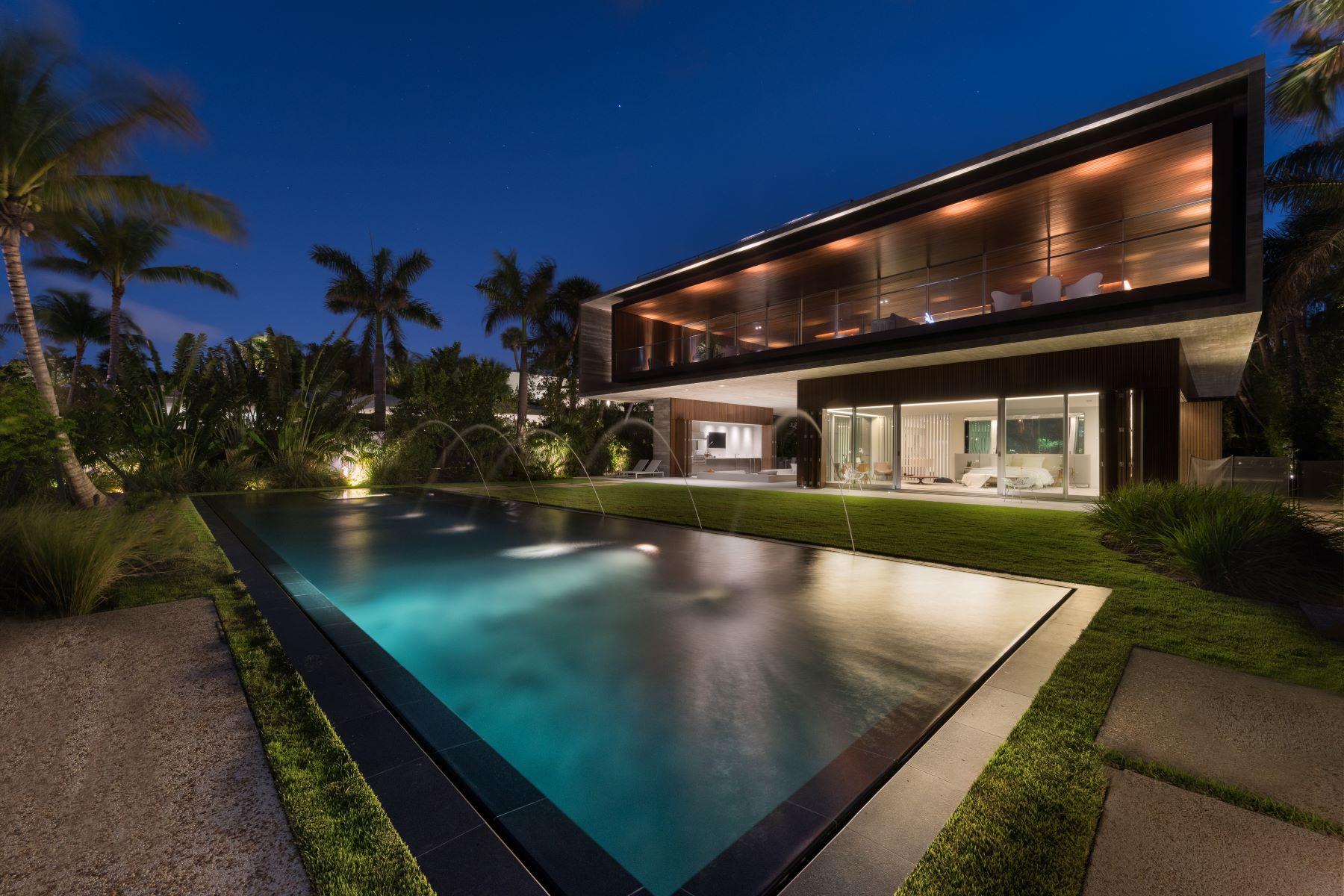 Villa per Vendita alle ore 4567 Pine Tree Dr Miami Beach, Florida, 33140 Stati Uniti