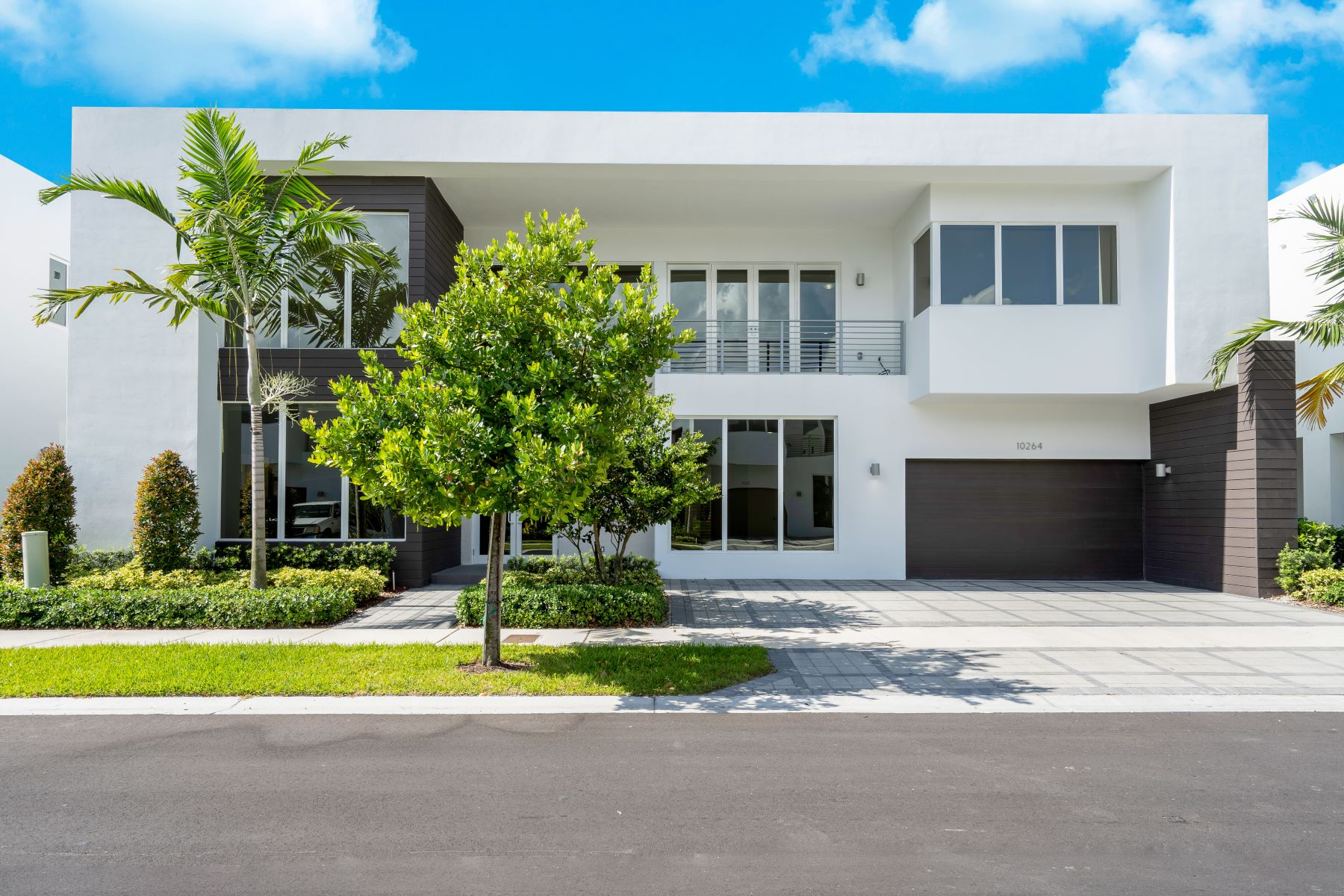 Single Family Homes için Satış at Doral, Florida 33178 Amerika Birleşik Devletleri