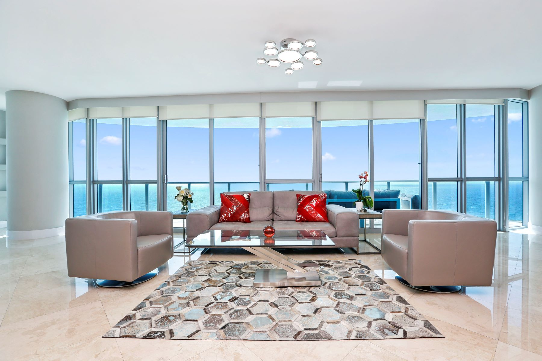 Condominium for Sale at 3101 S Ocean Dr 3101 S Ocean Dr 2608 Hollywood, Florida 33019 United States
