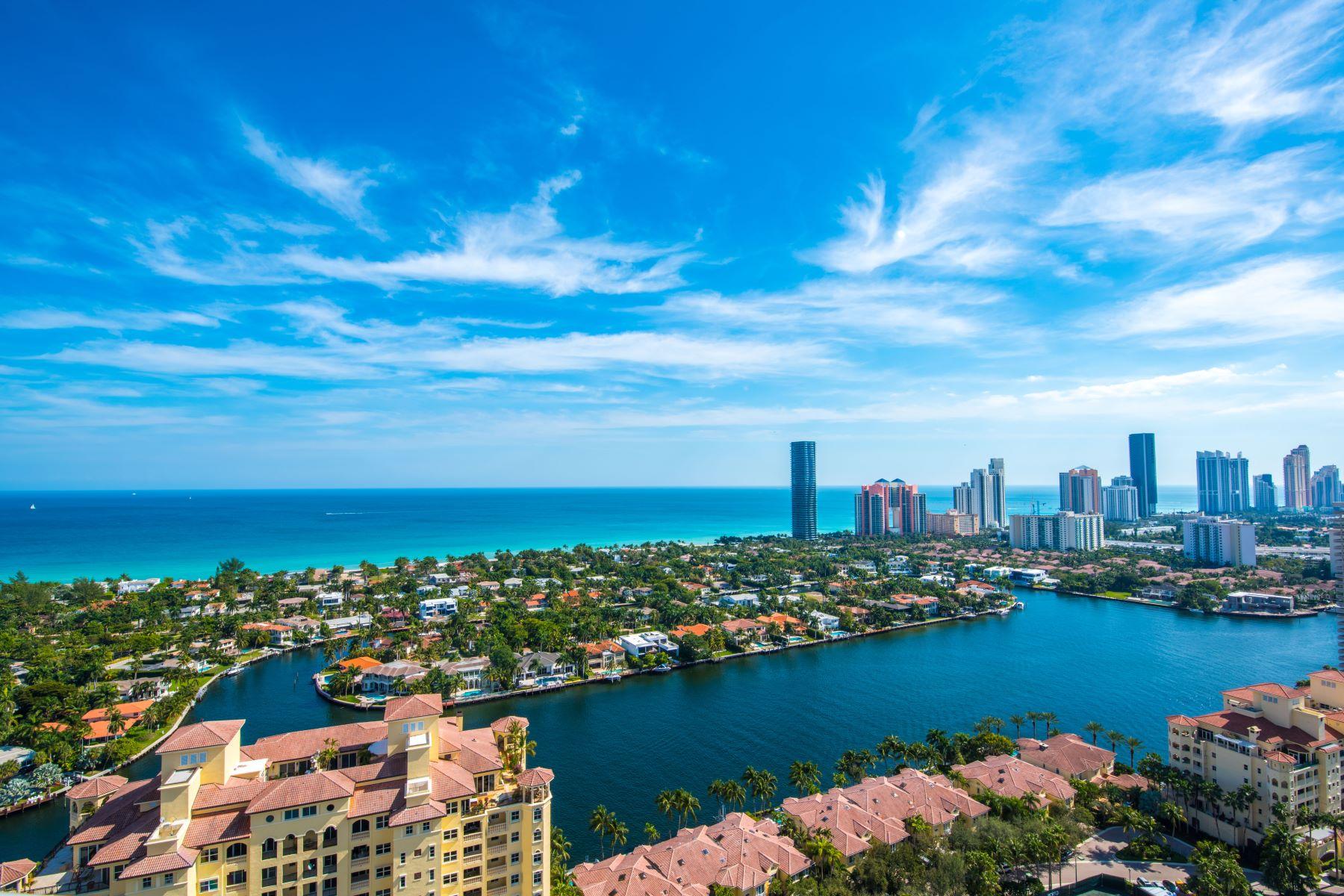 Condomínio para Venda às 20155 Ne 38th Ct #Ts-03 20155Ne 38th Ct TS-03 Aventura, Florida 33180 Estados Unidos